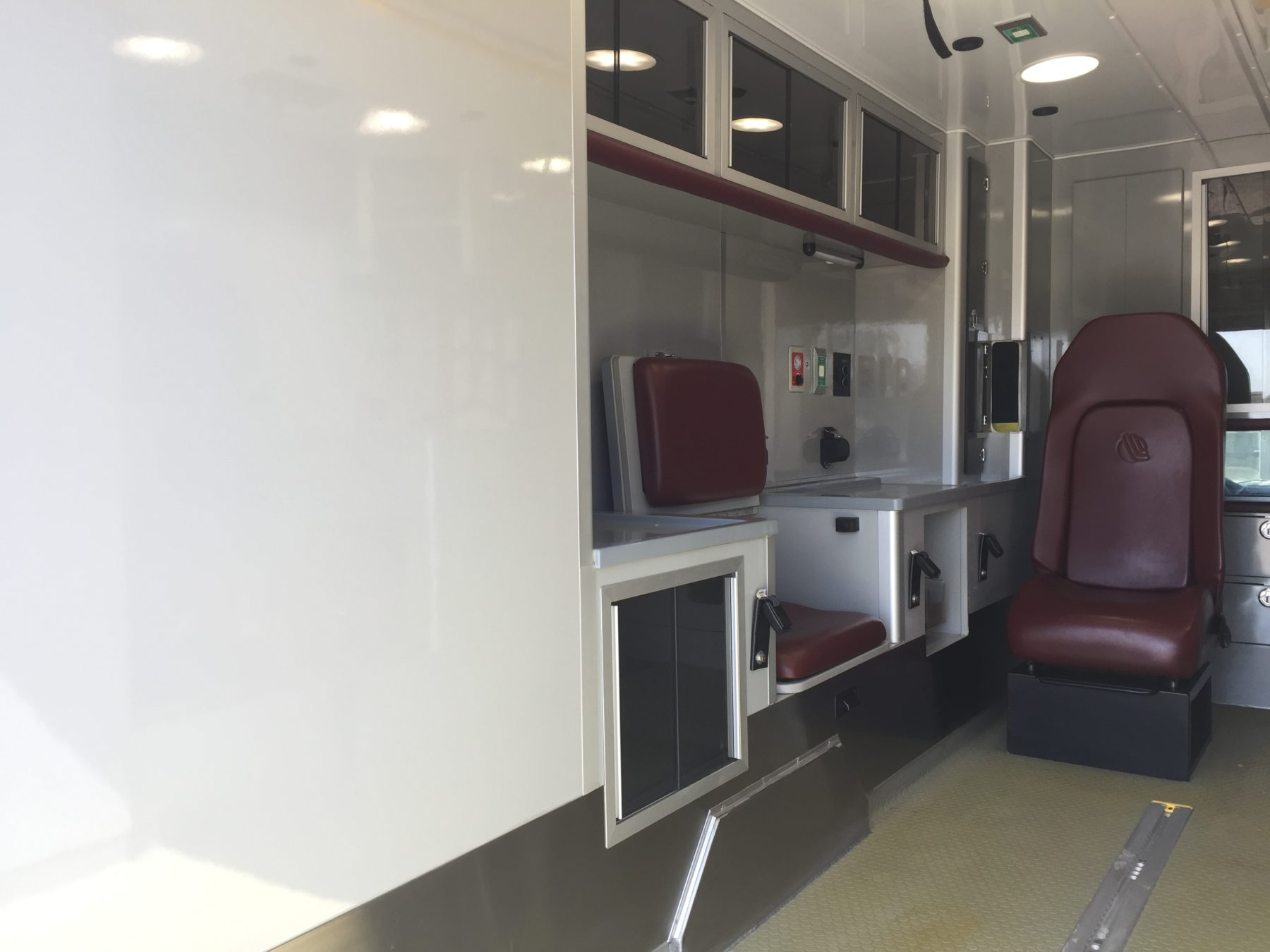 2015 Ford F450 4x4 Type 1 Ambulance For Sale – Picture 12