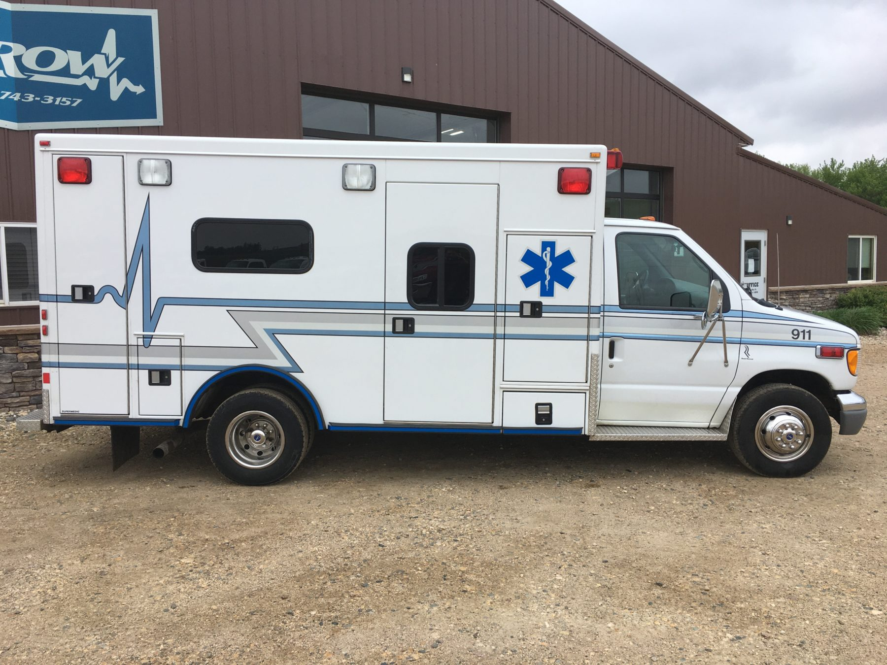 2002 Ford E450 Type 3 Ambulance For Sale – Picture 4