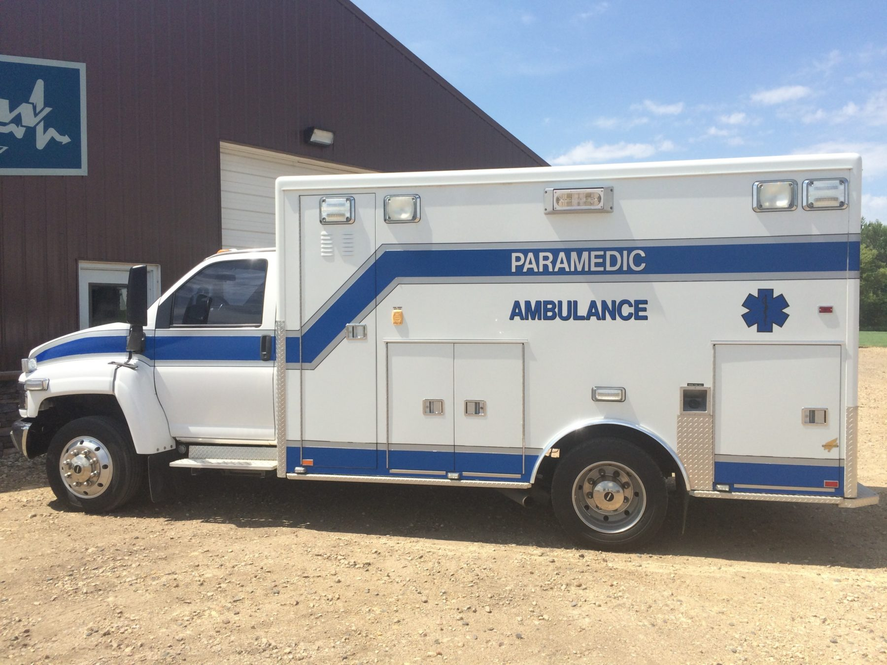 2006 Chevrolet C4500 Heavy Duty Ambulance For Sale – Picture 4