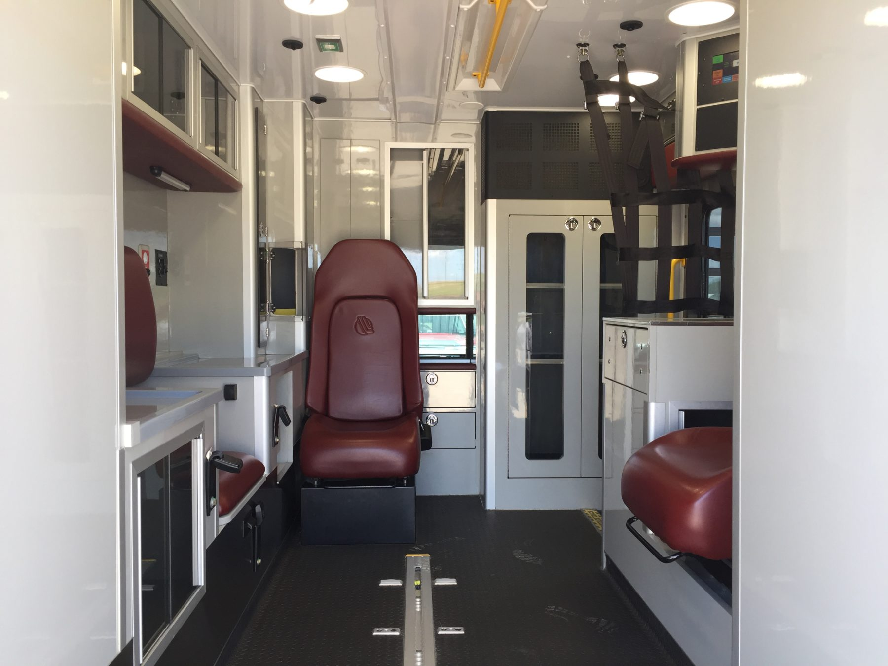 2015 Ford F450 4x4 Type 1 Ambulance For Sale – Picture 2