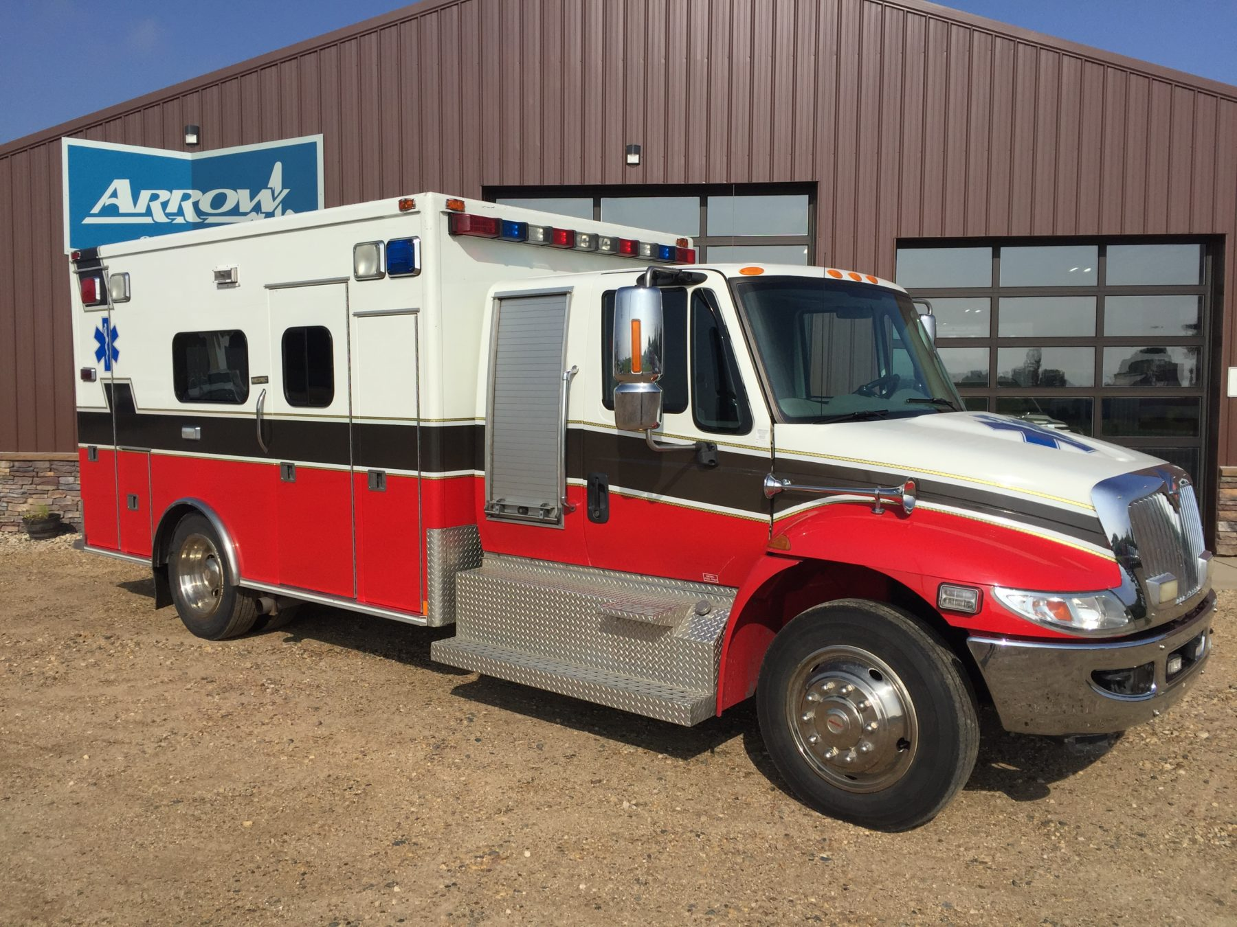 2009 International 4300 Heavy Duty Ambulance For Sale – Picture 3