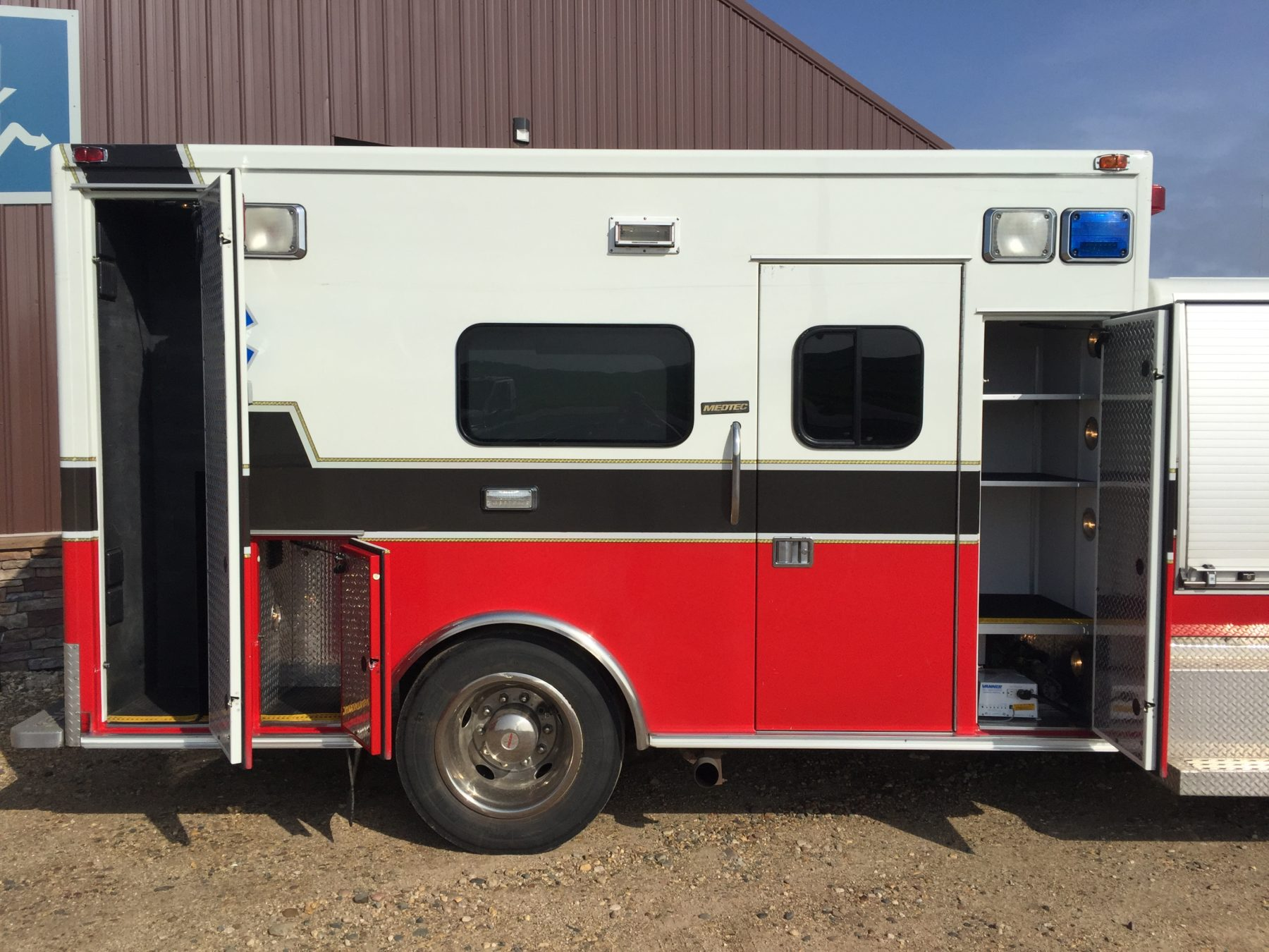 2009 International 4300 Heavy Duty Ambulance For Sale – Picture 5