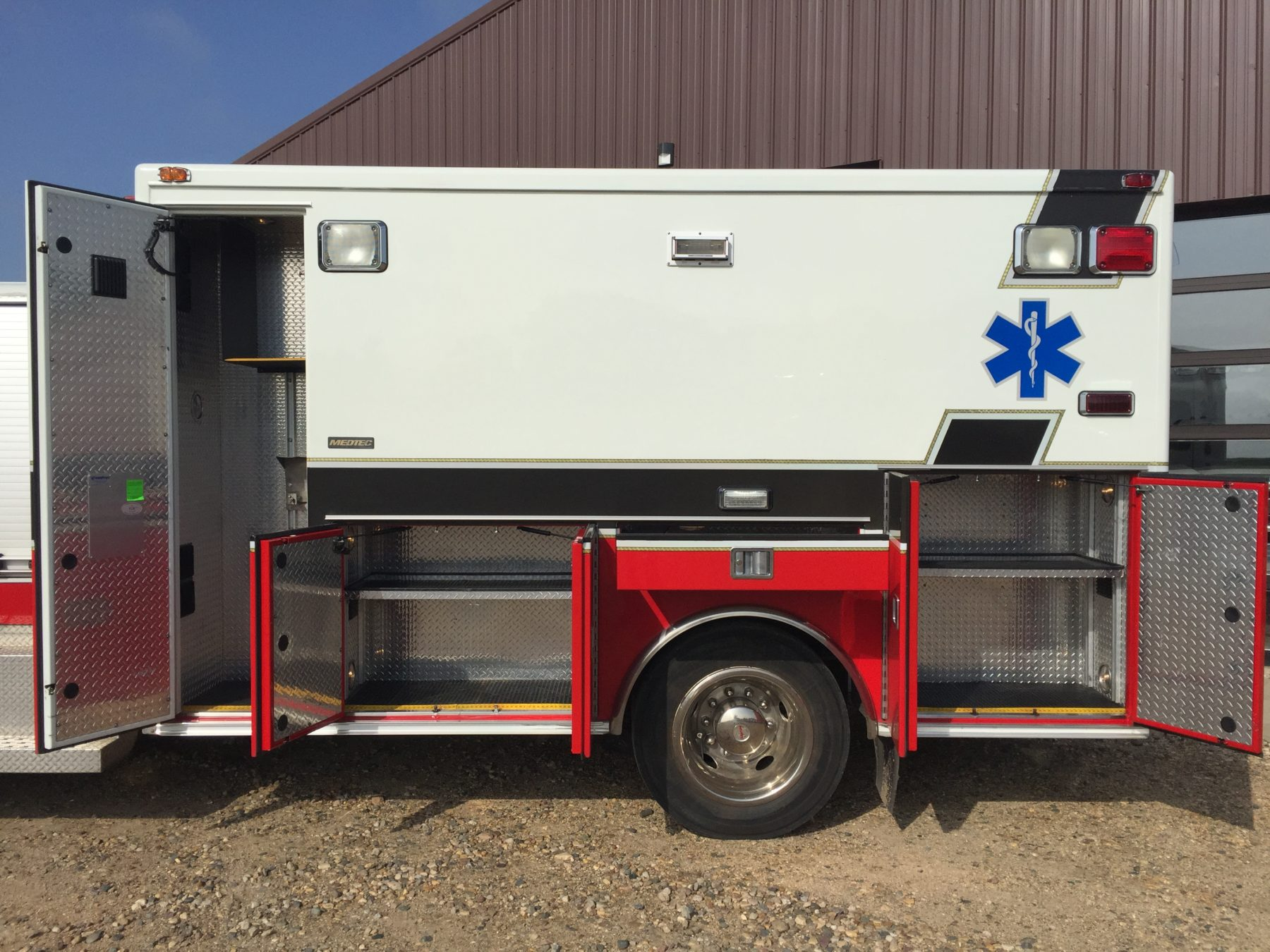 2009 International 4300 Heavy Duty Ambulance For Sale – Picture 6