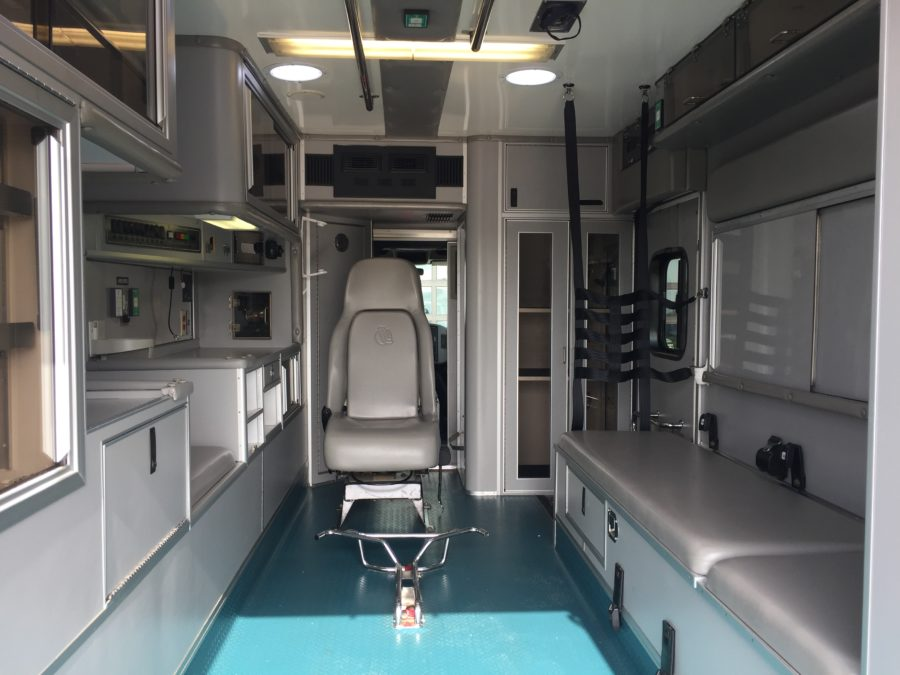 2009 International 4300 Heavy Duty Ambulance For Sale – Picture 2