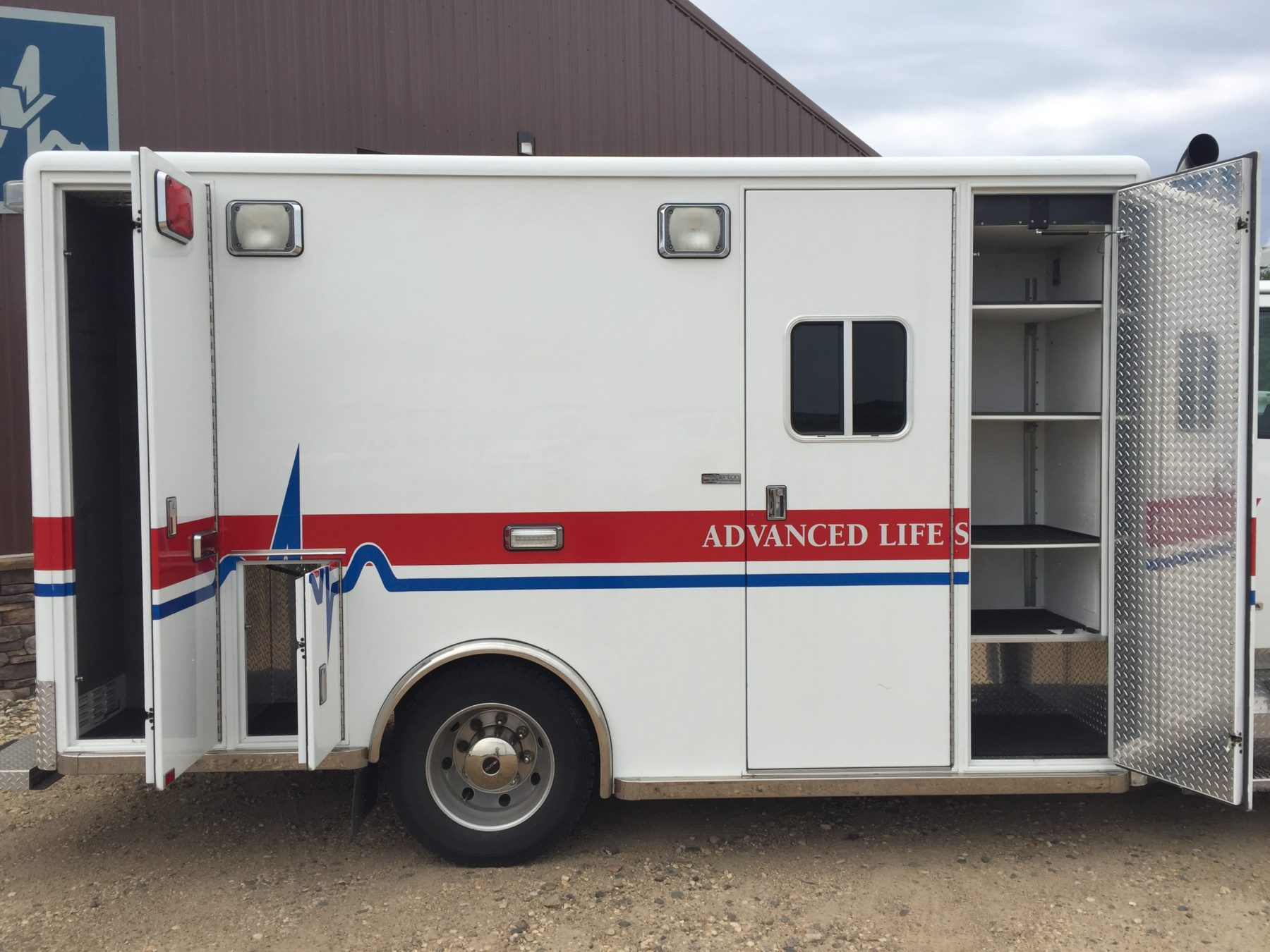 2007 Sterling Custom Heavy Duty Ambulance For Sale – Picture 5