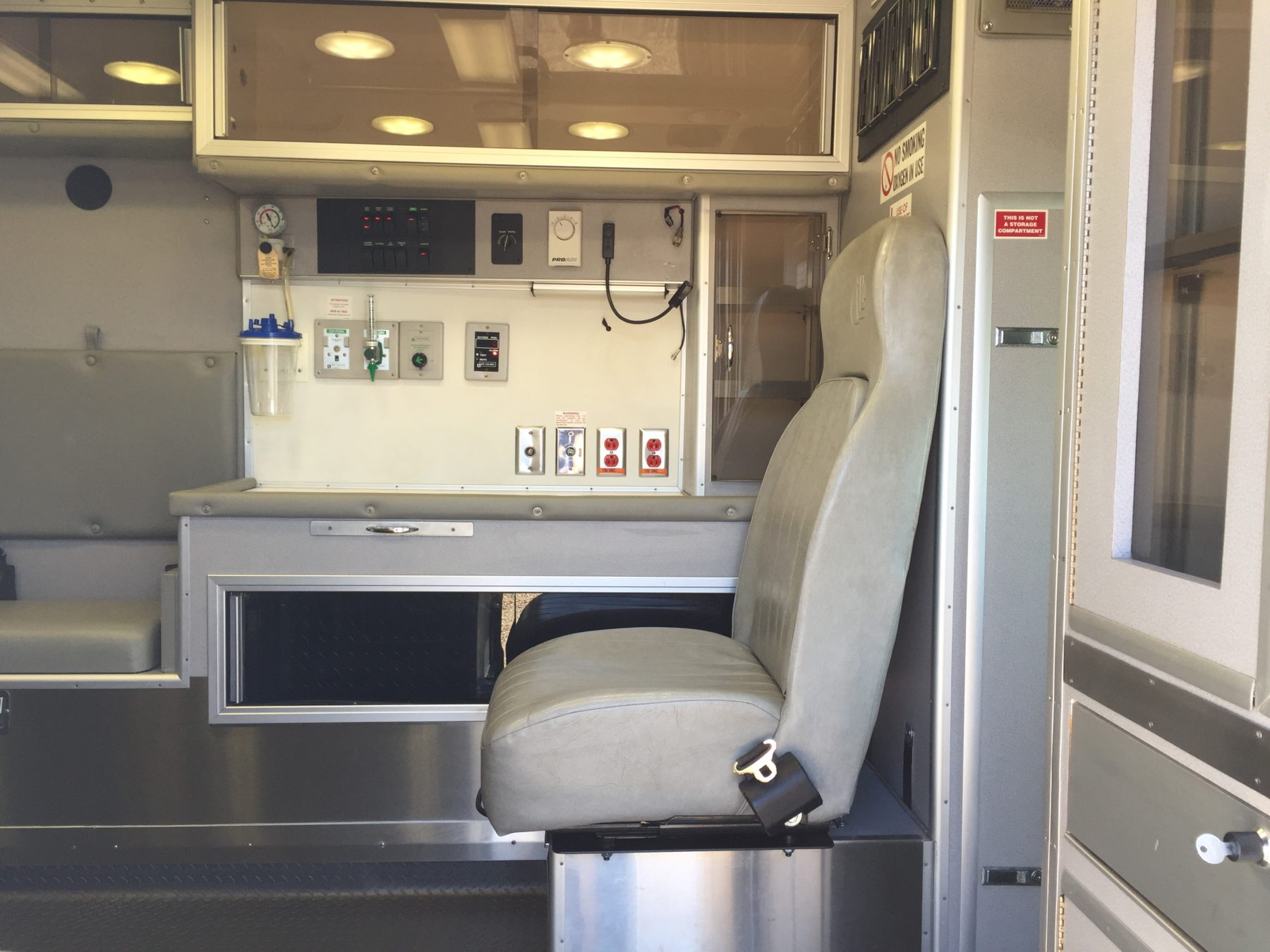2007 Chevrolet G3500 Type 3 Ambulance For Sale – Picture 14