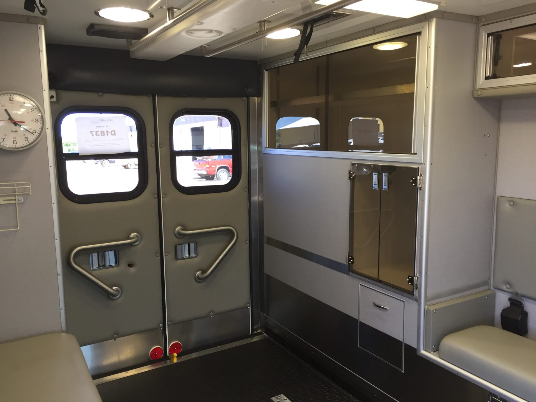2007 Chevrolet G3500 Type 3 Ambulance For Sale – Picture 15