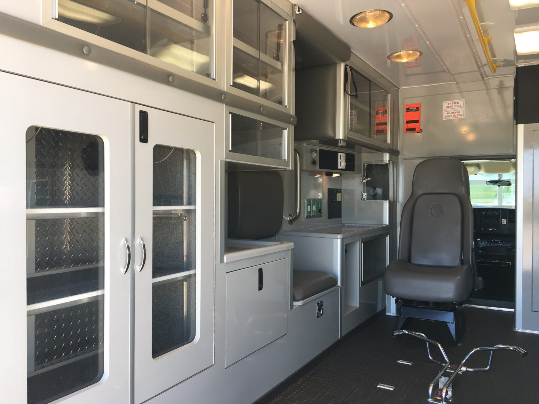 2007 Chevrolet G3500 Type 3 Ambulance For Sale – Picture 11
