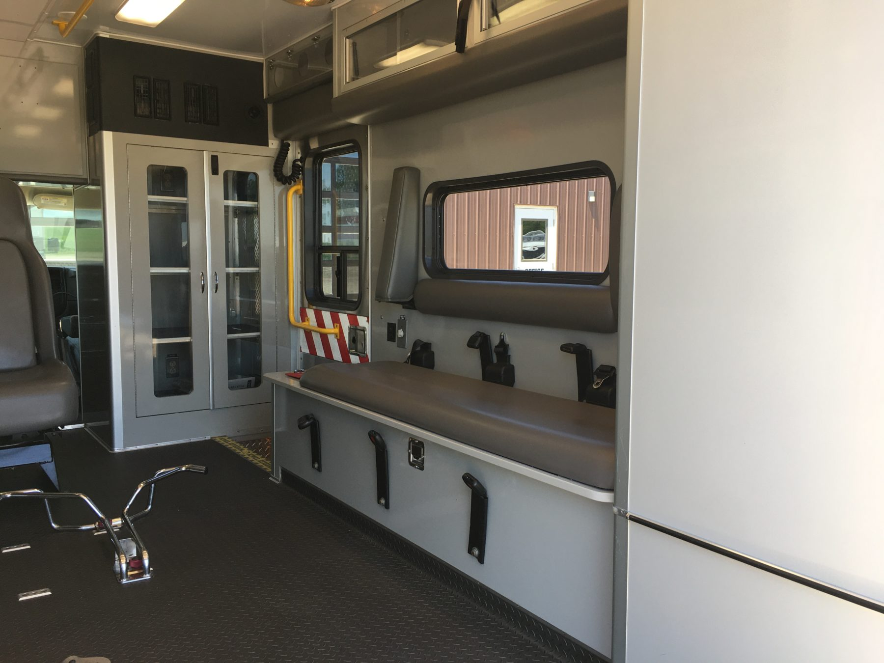 2007 Chevrolet G3500 Type 3 Ambulance For Sale – Picture 12