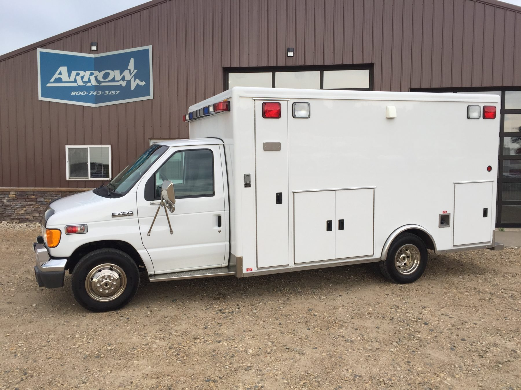 2006 Ford E450 Type 3 Ambulance For Sale – Picture 1