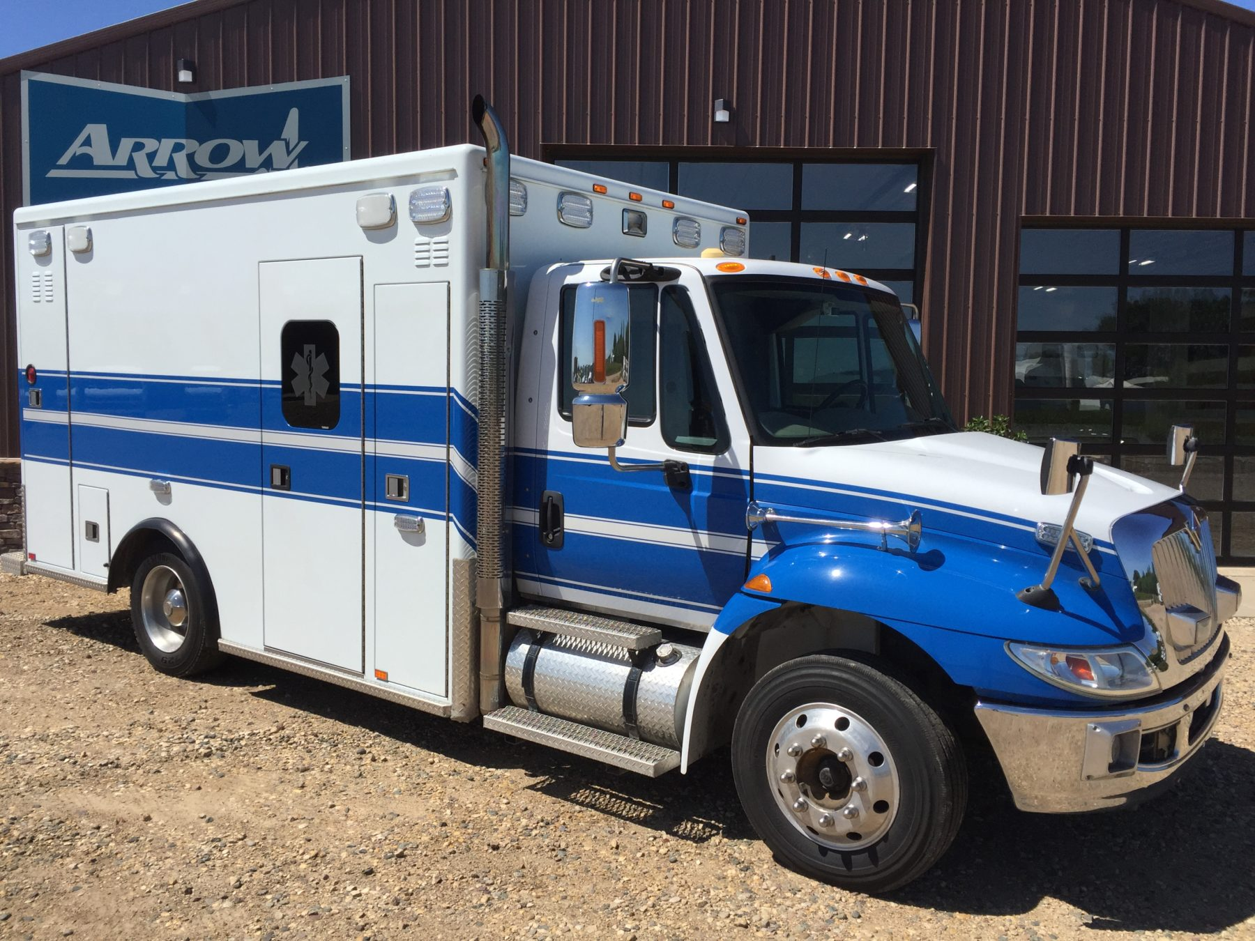 2011 International 4300 Heavy Duty Ambulance For Sale – Picture 3