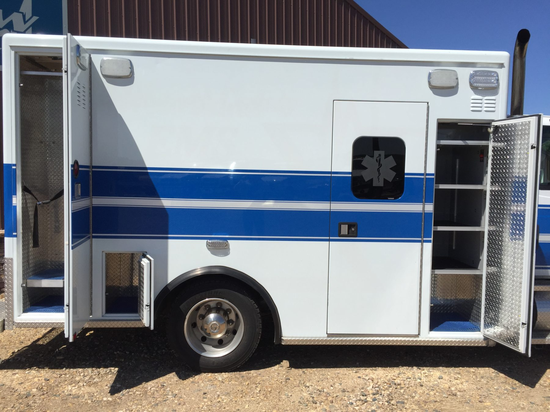 2011 International 4300 Heavy Duty Ambulance For Sale – Picture 5