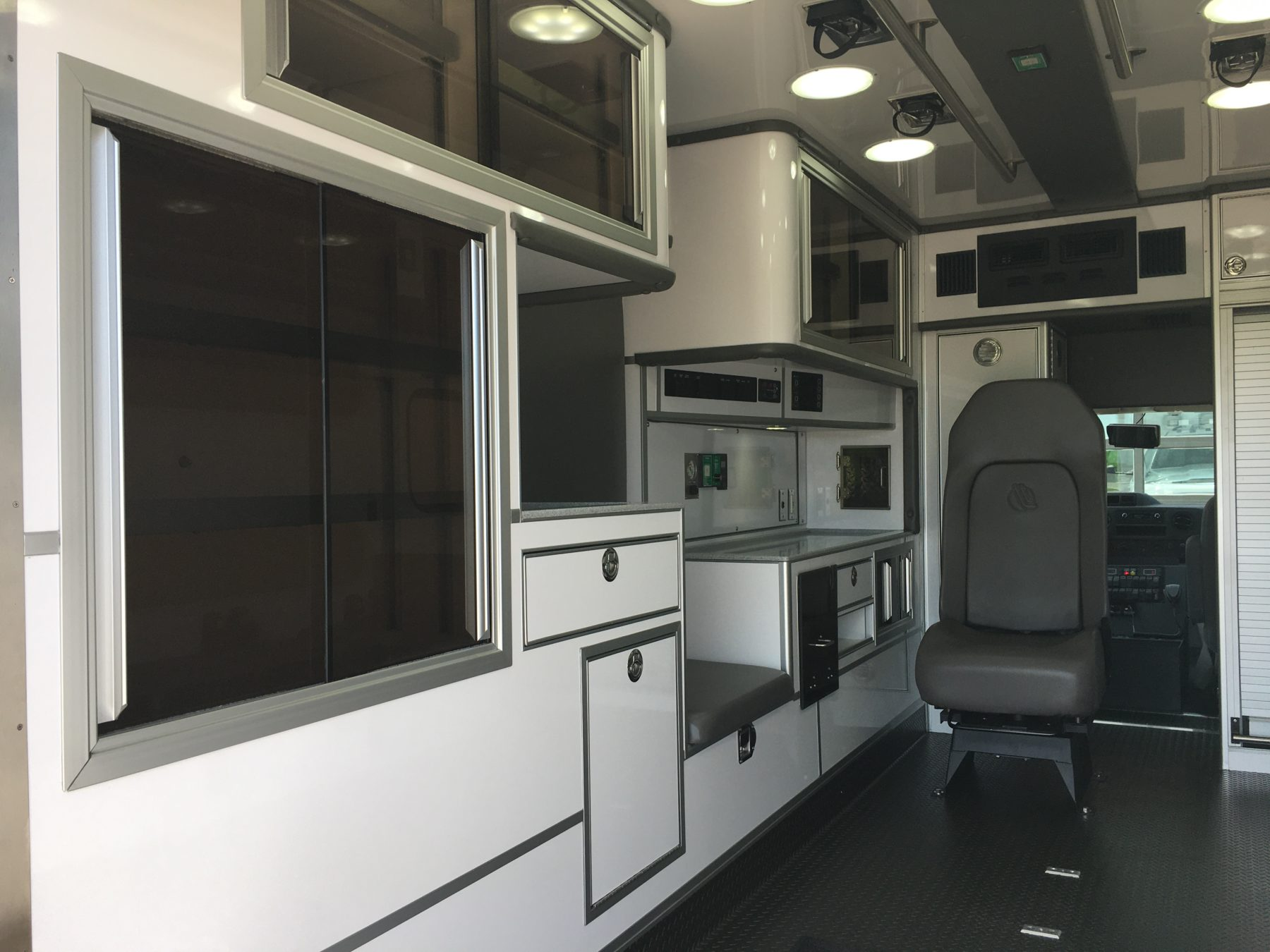 2021 Ford E450 Type 3 Ambulance For Sale – Picture 14