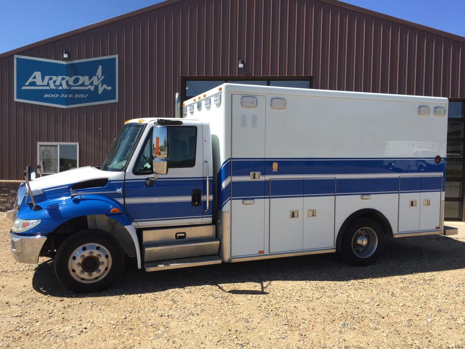 2011 International 4300 Heavy Duty Ambulance For Sale – Picture 1
