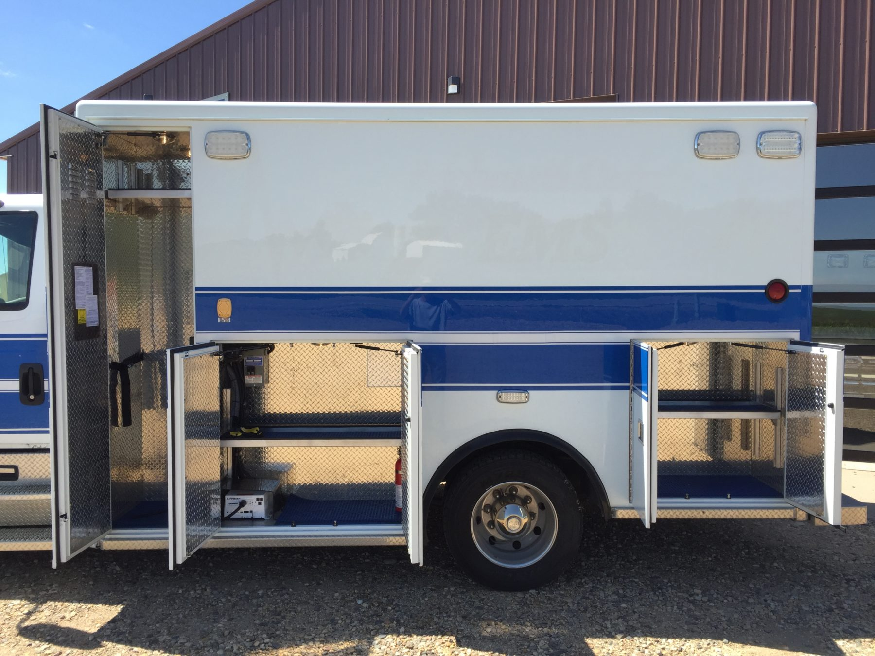 2011 International 4300 Heavy Duty Ambulance For Sale – Picture 7