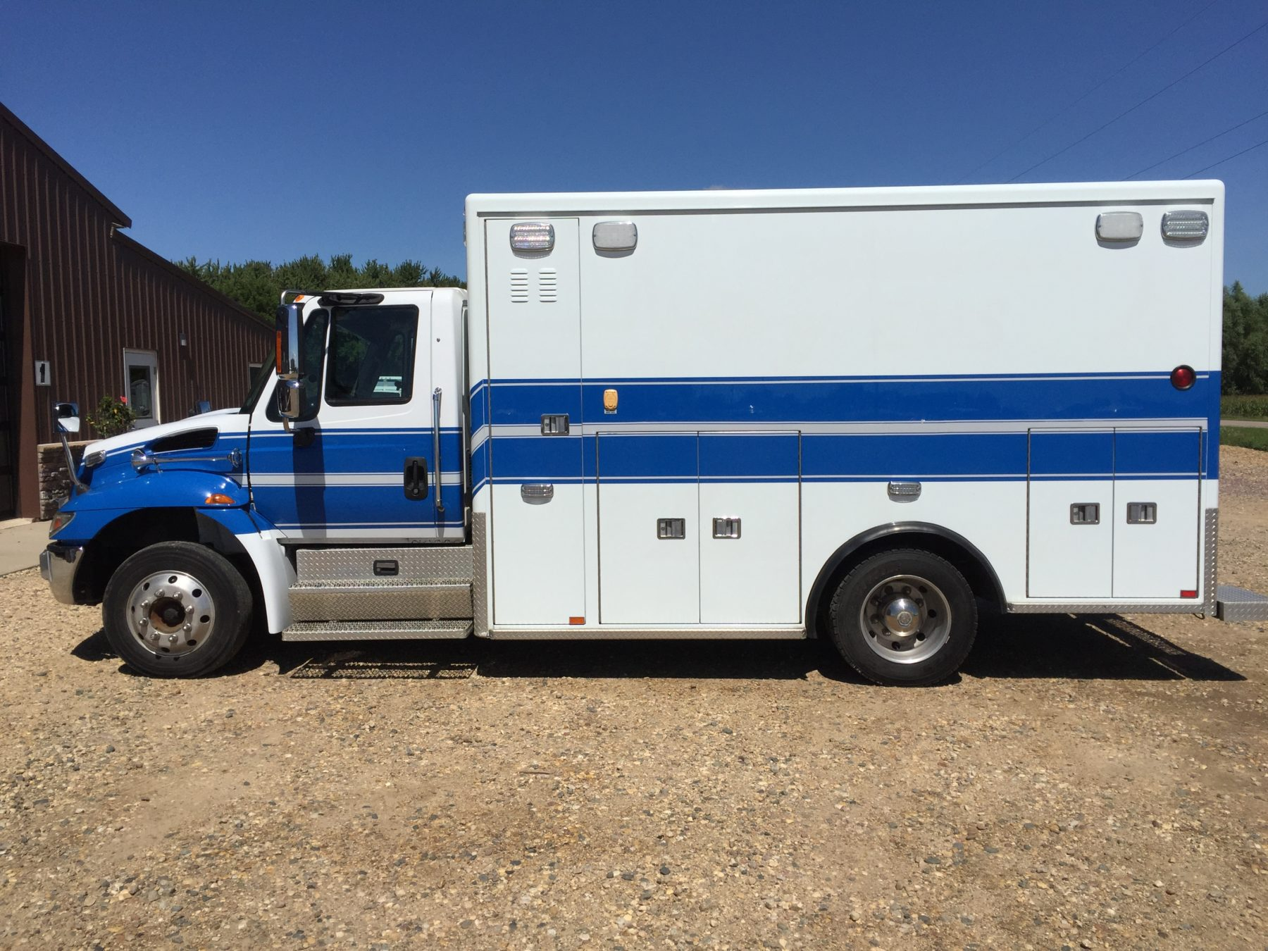 2011 International 4300 Heavy Duty Ambulance For Sale – Picture 6