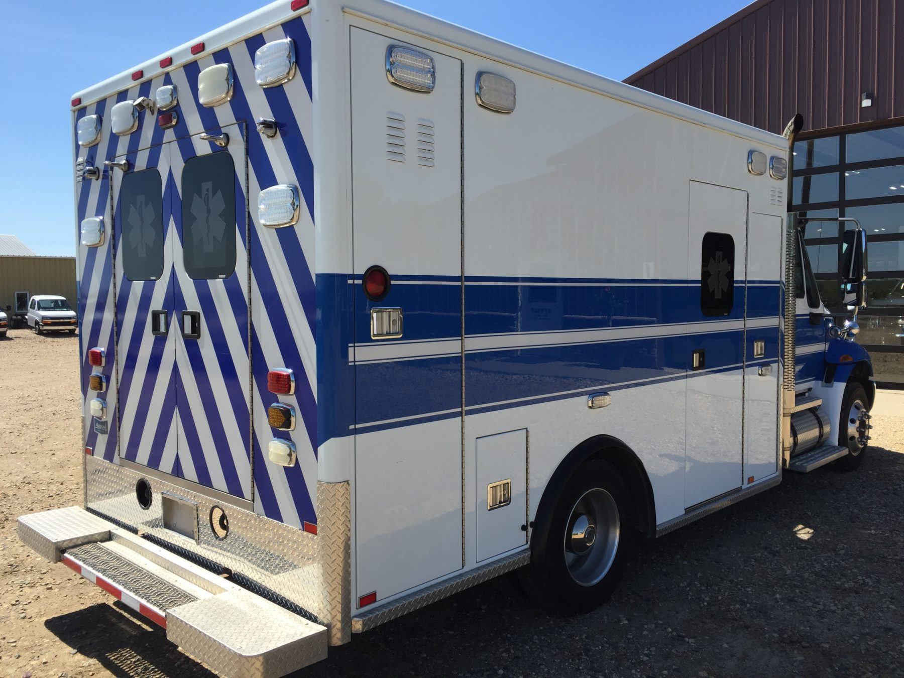 2011 International 4300 Heavy Duty Ambulance For Sale – Picture 10