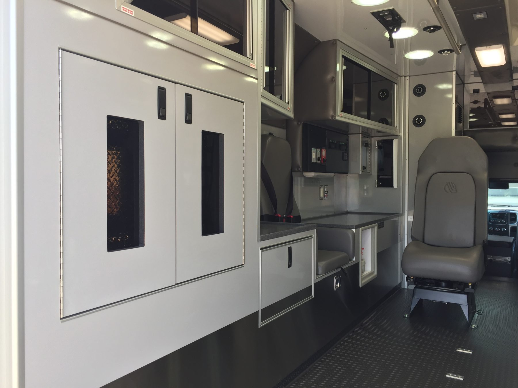 2017 Ram 4500 4x4 Heavy Duty Ambulance For Sale – Picture 13