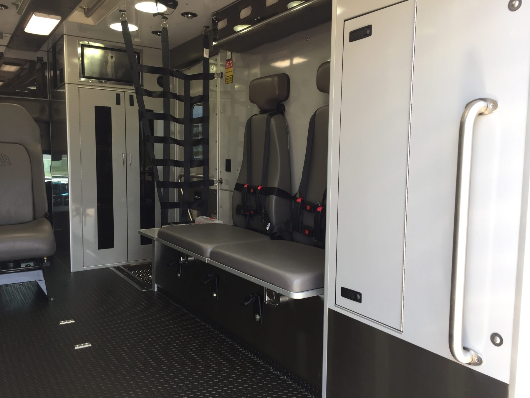 2017 Ram 4500 4x4 Heavy Duty Ambulance For Sale – Picture 12