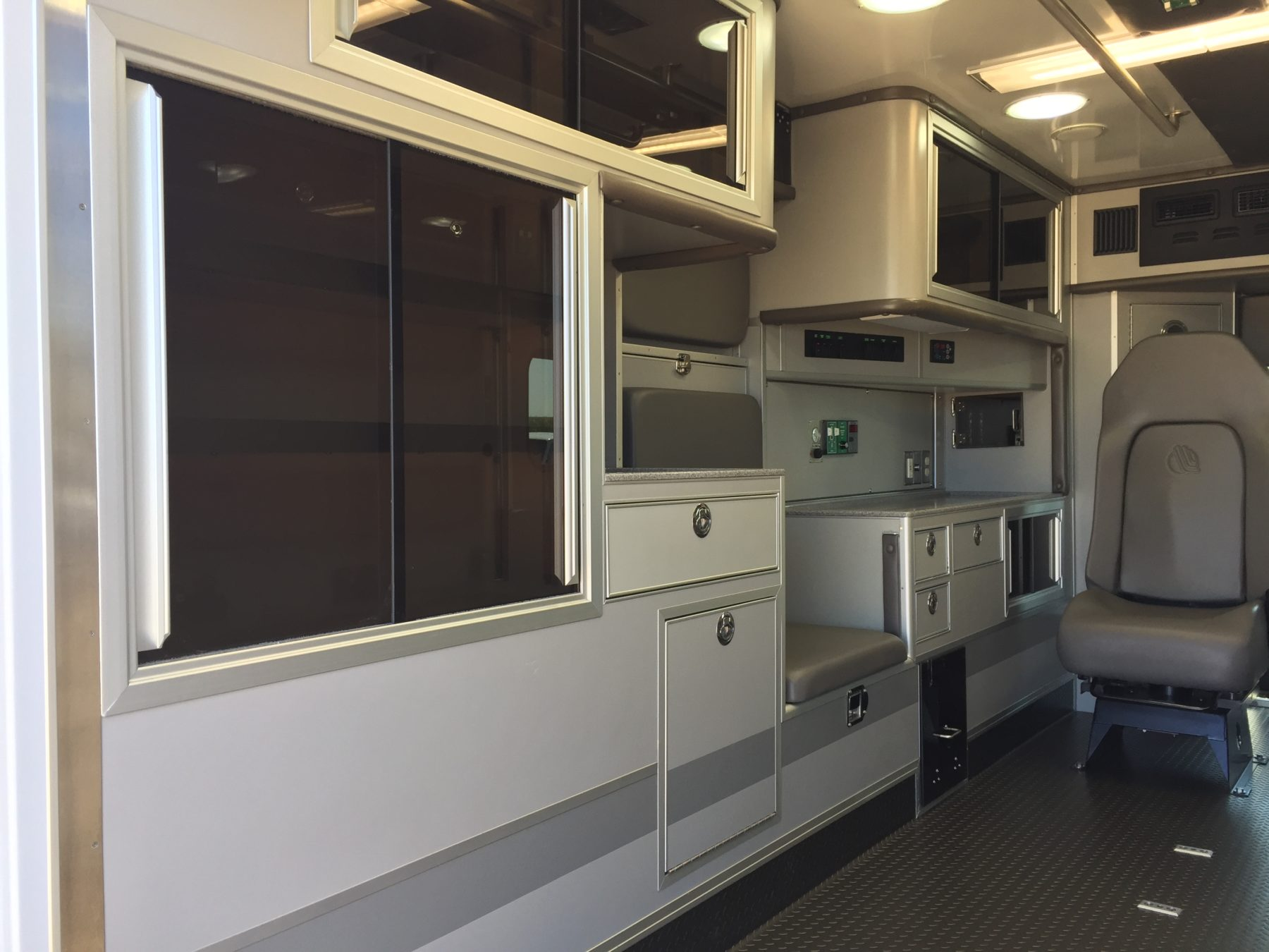 2019 Ford E450 Type 3 Ambulance For Sale – Picture 12