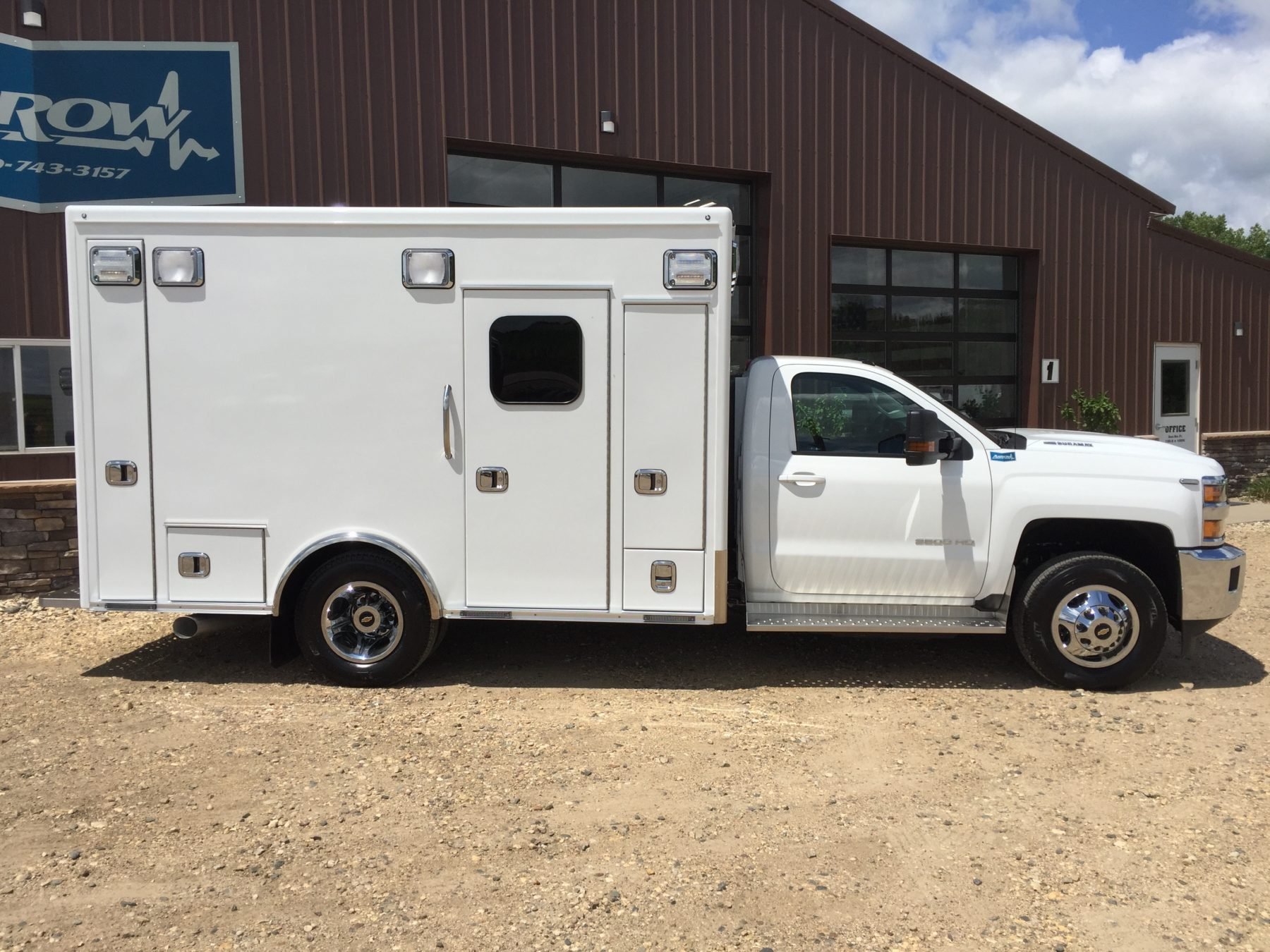 2018 Chevrolet K3500 4x4 Type 1 Ambulance For Sale – Picture 4