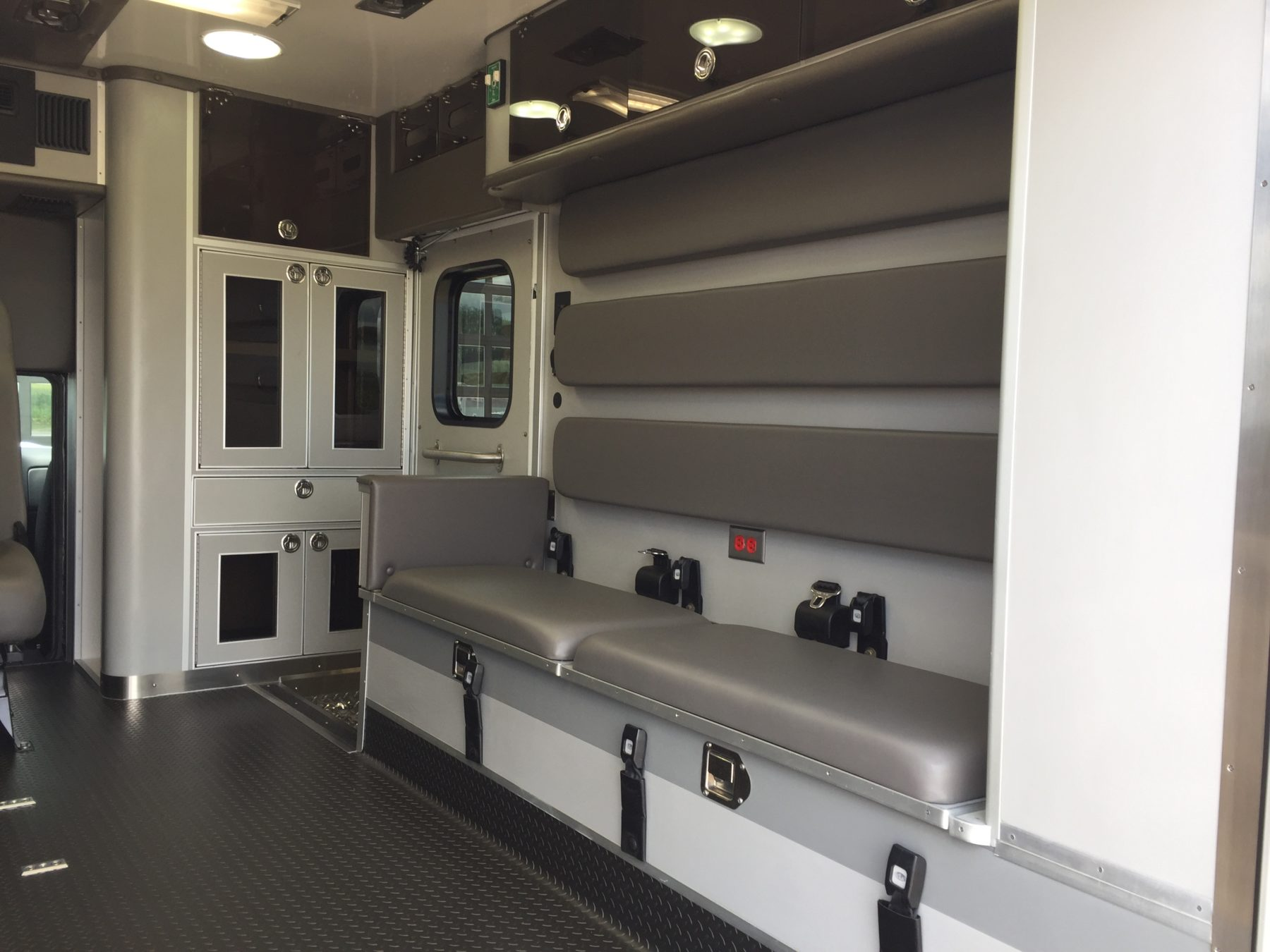2018 Chevrolet K3500 4x4 Type 1 Ambulance For Sale – Picture 13