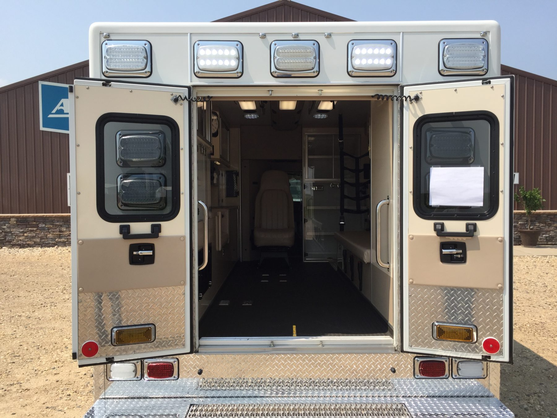 2009 Chevrolet G4500 Type 3 Ambulance For Sale – Picture 9