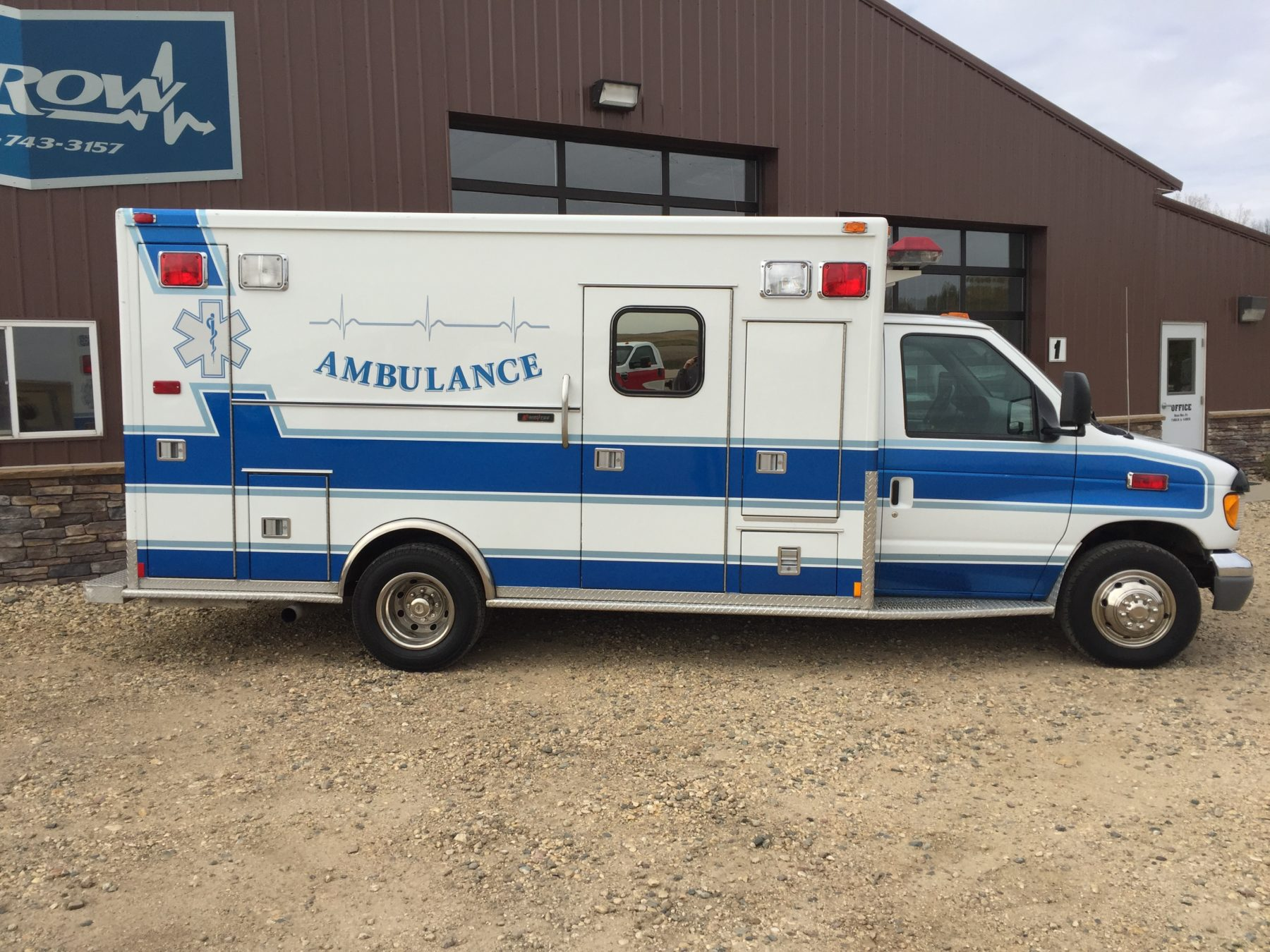 Truck 13194 1998 Ford E450 Type 3 Medtec Ambulance For