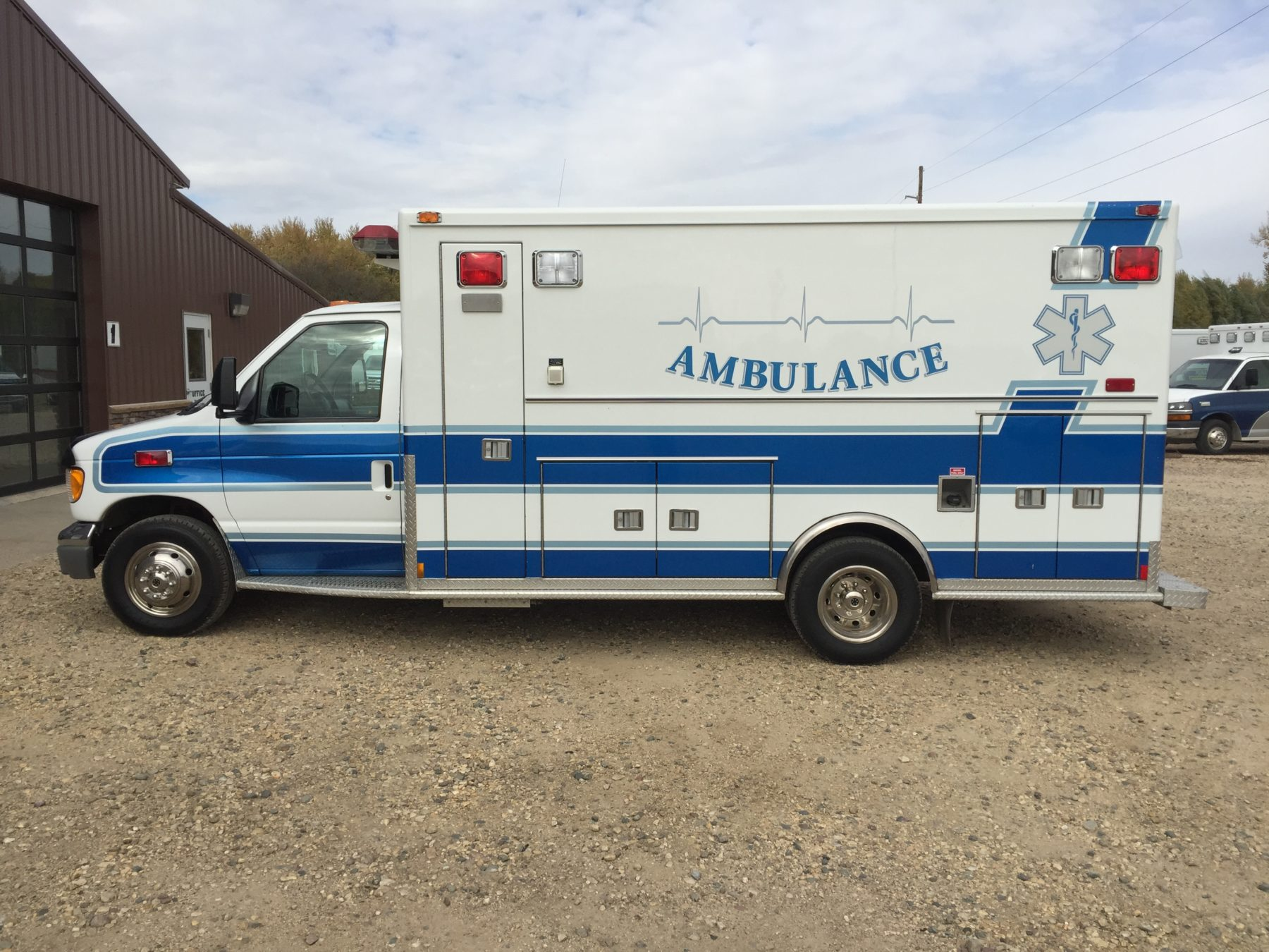 1998 Ford E450 Type 3 Ambulance For Sale – Picture 4