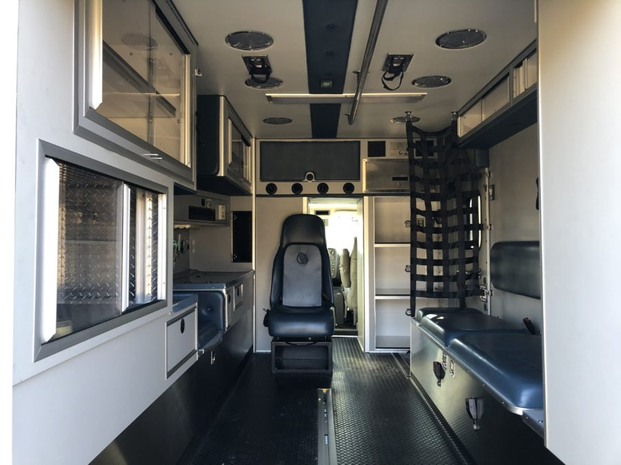 2009 Chevrolet C4500 Heavy Duty Ambulance For Sale – Picture 2