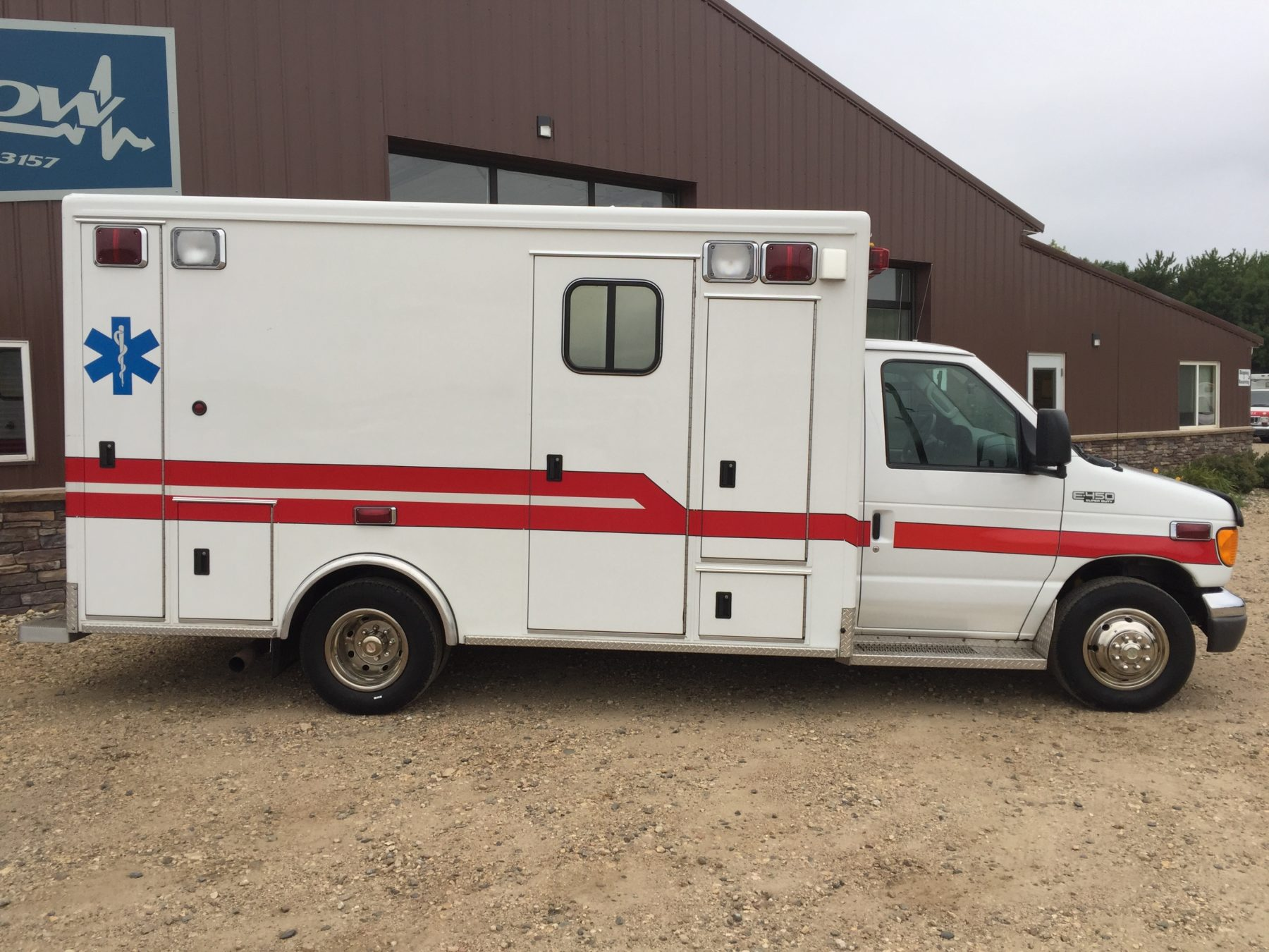 2003 Ford E450 Type 3 Ambulance For Sale – Picture 4