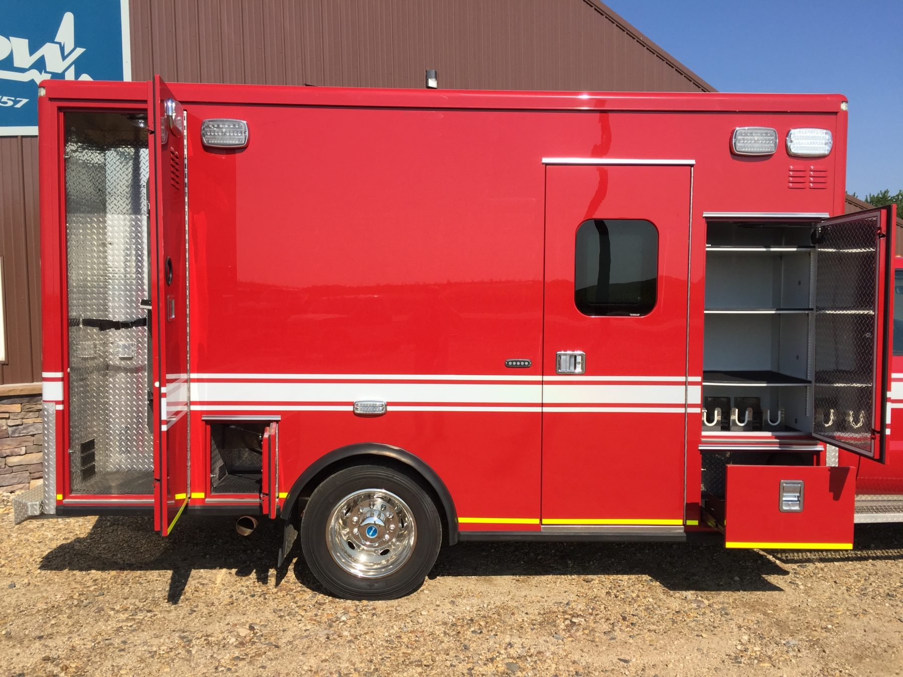 2012 Ford F550 4x4 Heavy Duty Ambulance For Sale – Picture 5