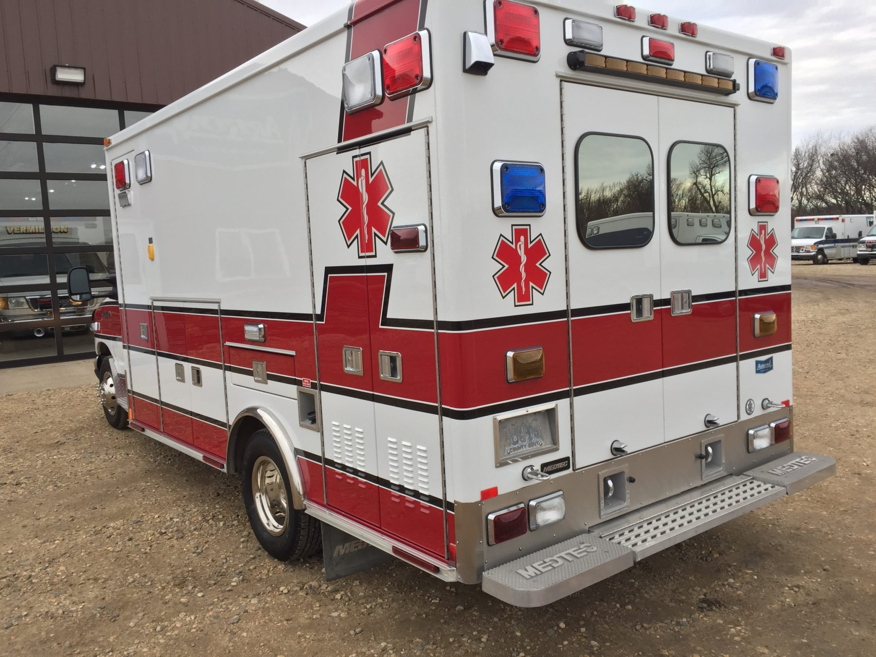 2007 Ford E450 Type 3 Ambulance For Sale – Picture 4