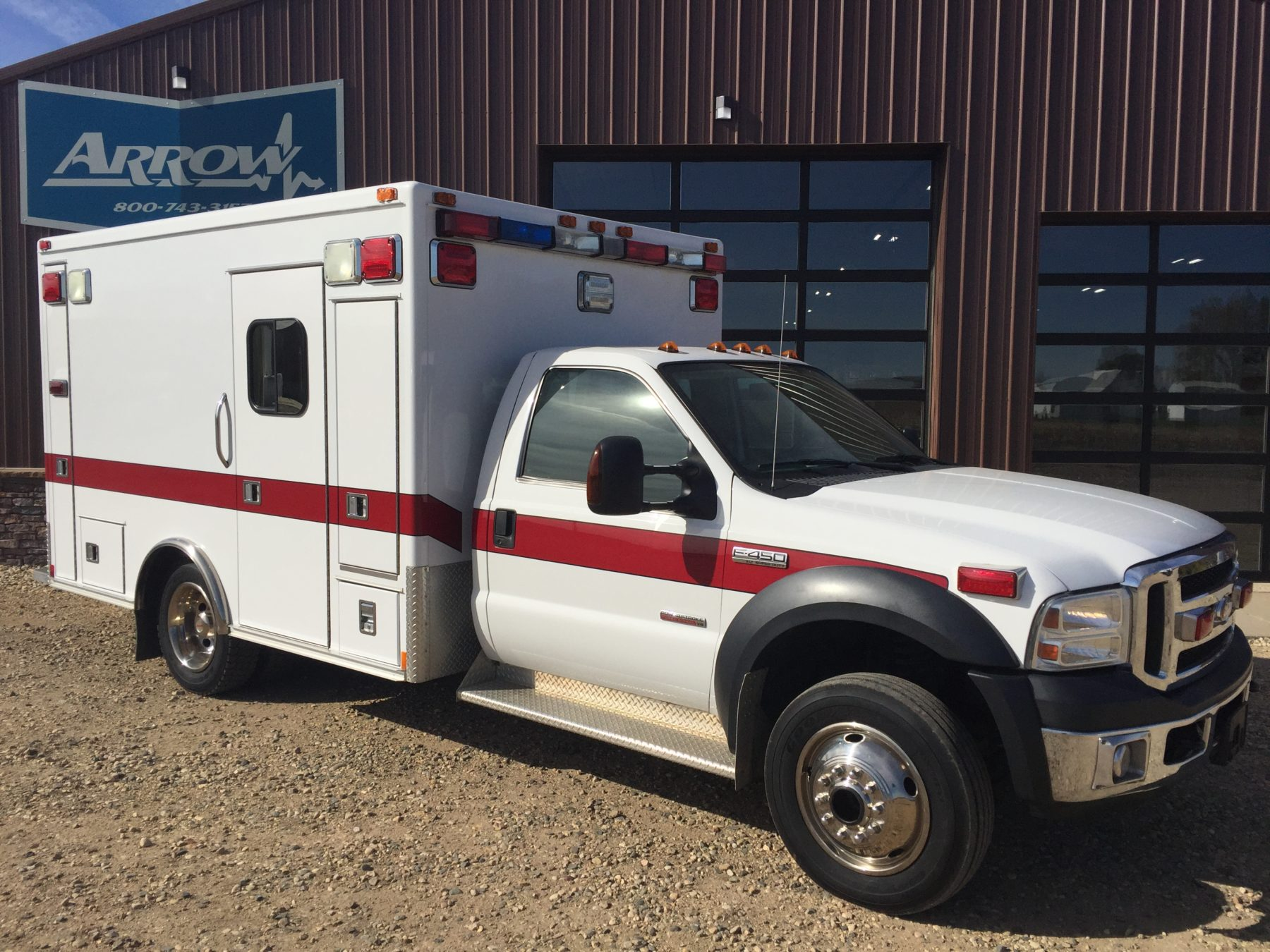 2006 Ford F450 4x4 Heavy Duty Ambulance For Sale – Picture 3