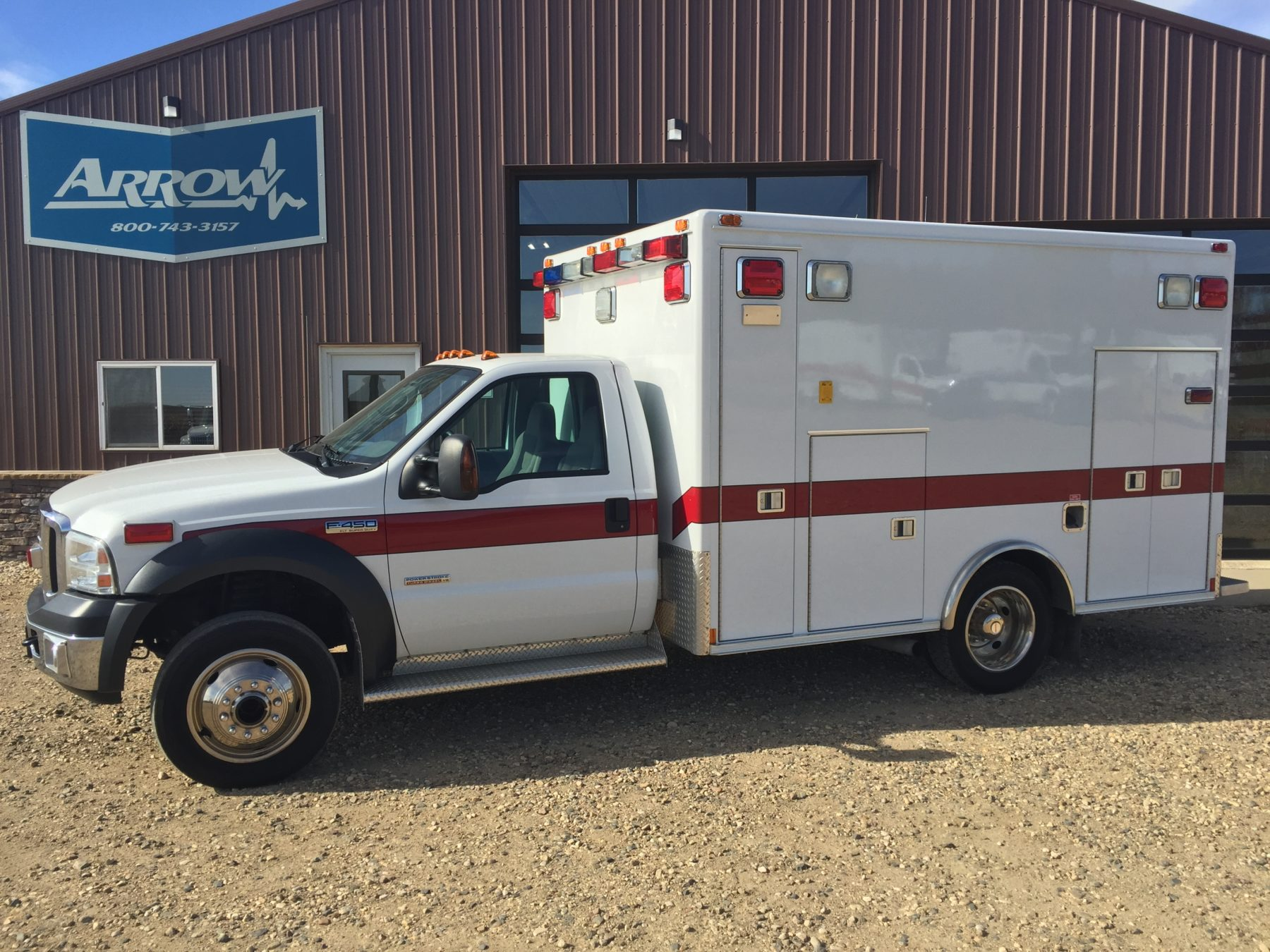 2006 Ford F450 4x4 Heavy Duty Ambulance For Sale – Picture 1