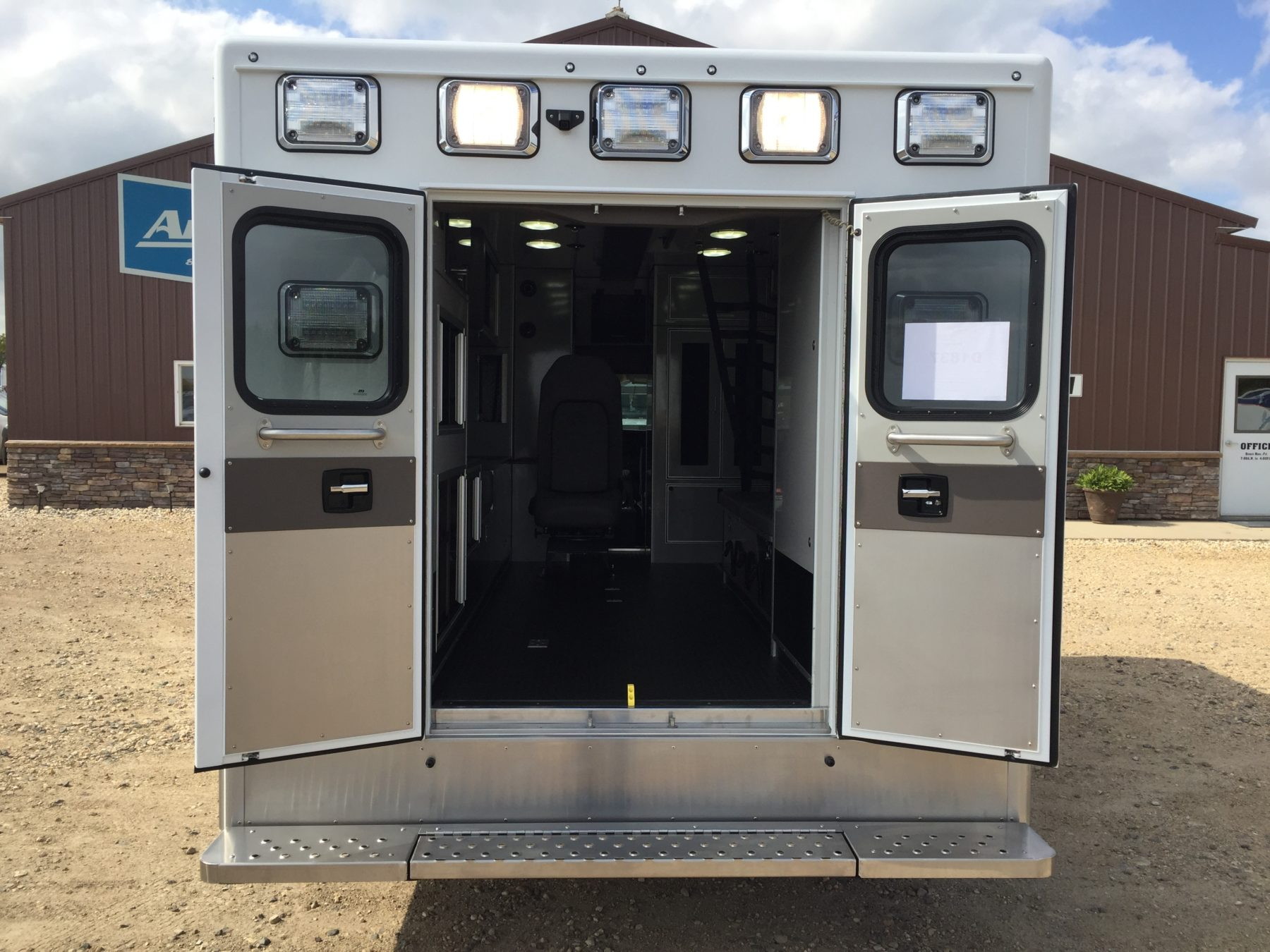 2019 Chevrolet G4500 Type 3 Ambulance For Sale – Picture 9