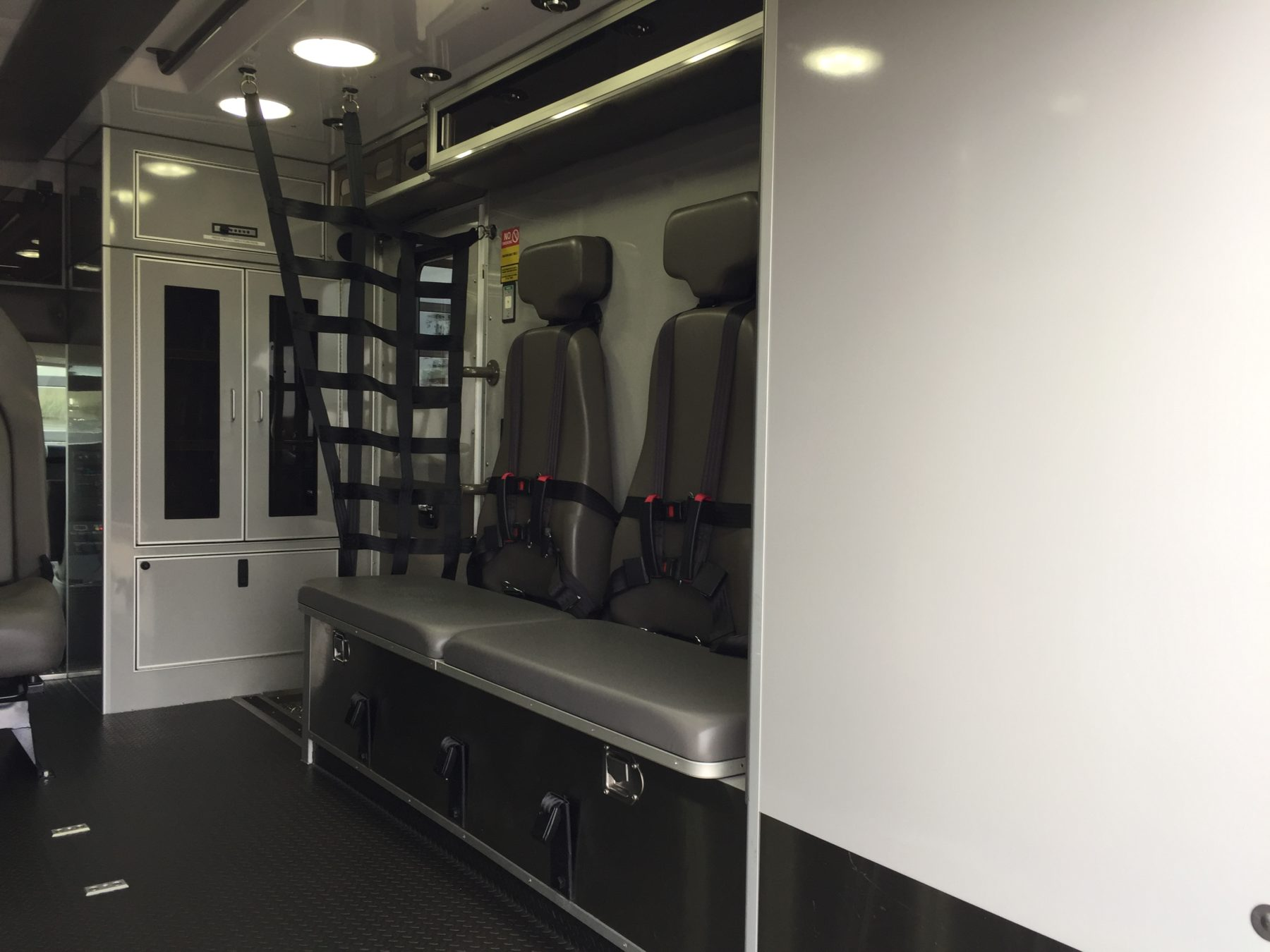 2019 Chevrolet G4500 Type 3 Ambulance For Sale – Picture 13