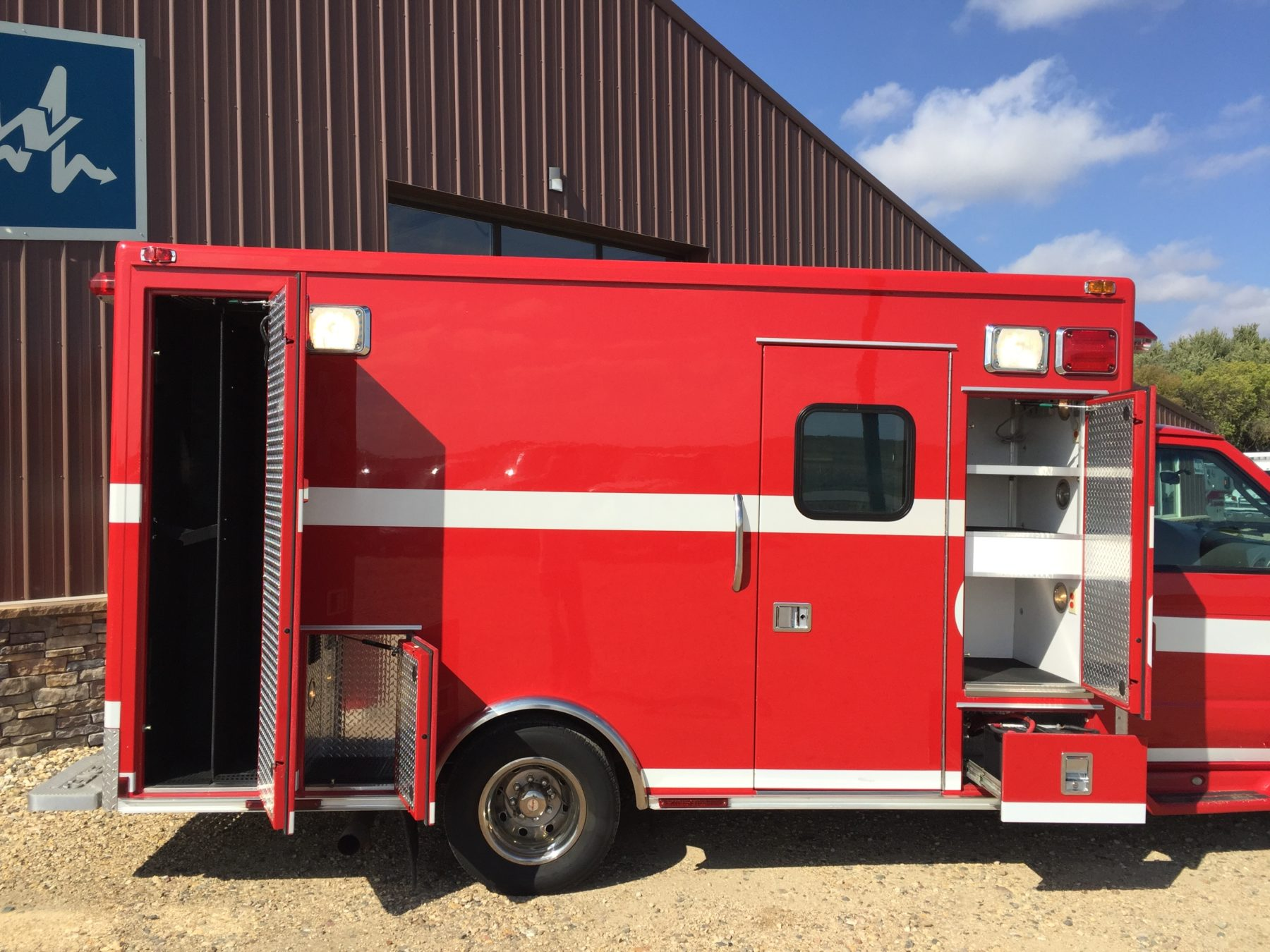 2005 Ford E450 Type 3 Ambulance For Sale – Picture 6