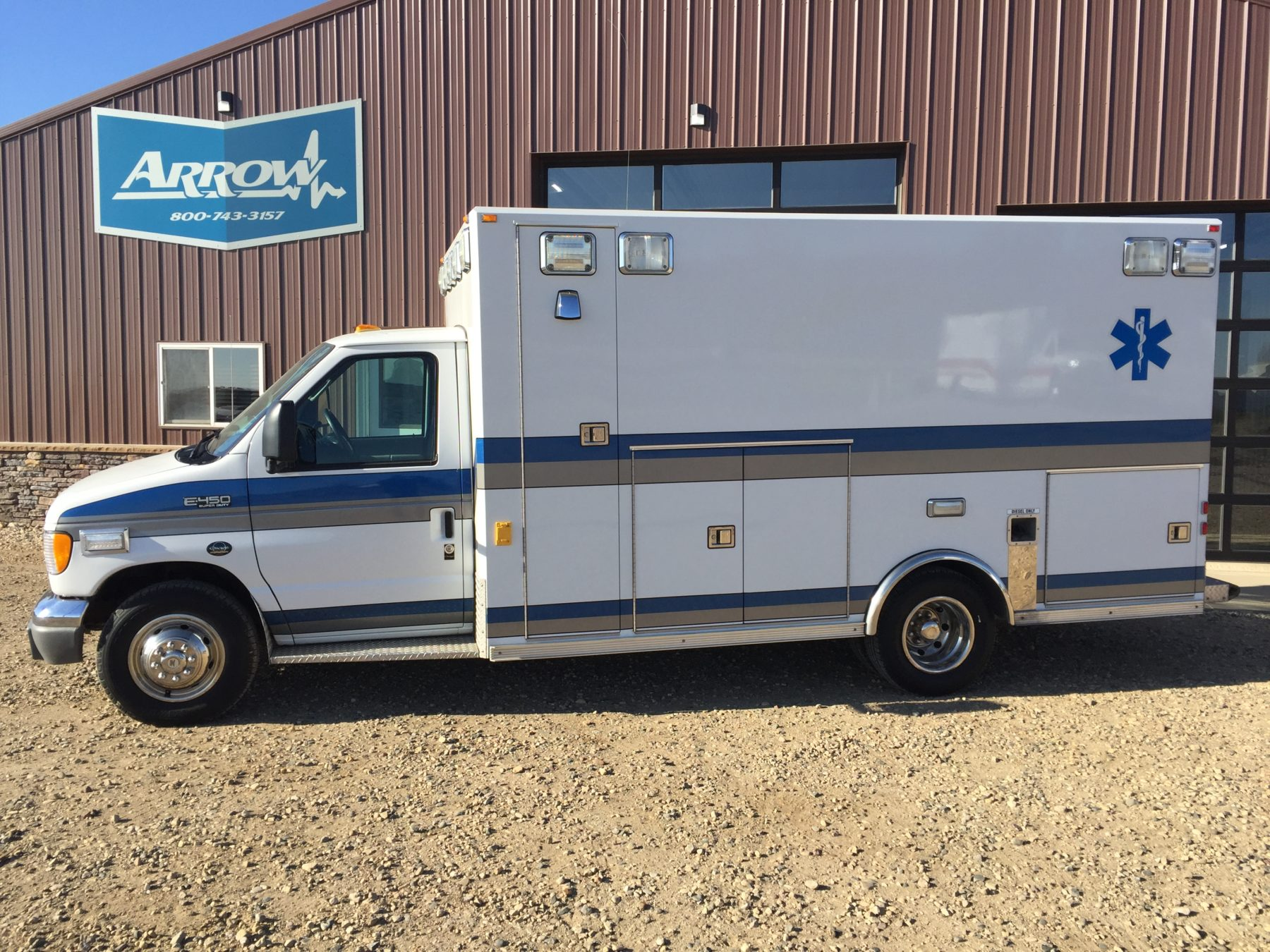 2001 Ford E450 Type 3 Ambulance For Sale – Picture 1