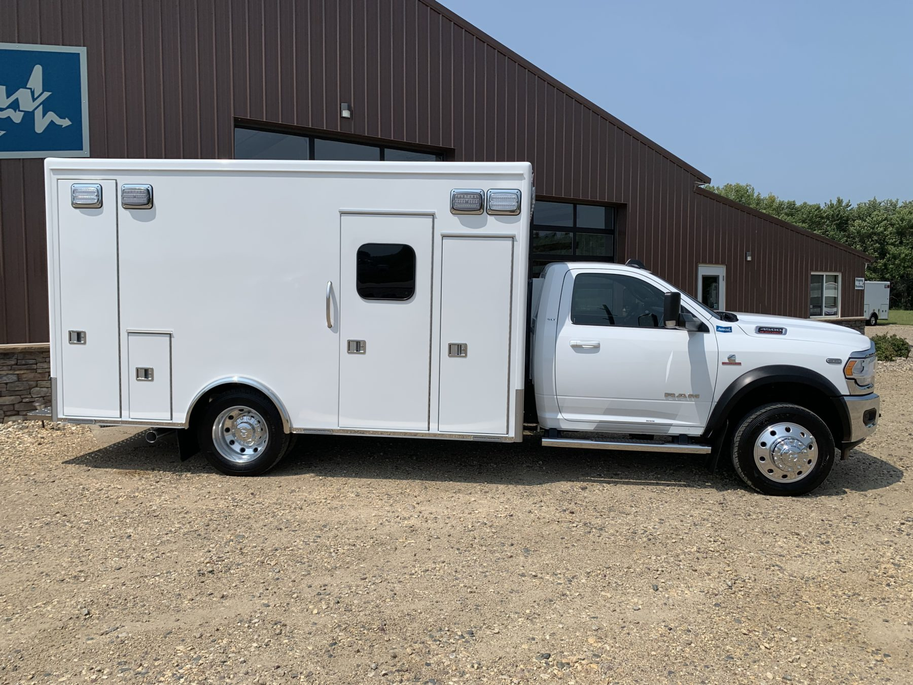 2021 Ram 4500 4x4 Heavy Duty Ambulance For Sale – Picture 7