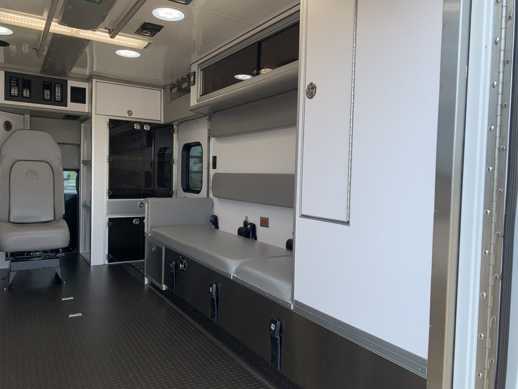 2021 Ram 4500 4x4 Heavy Duty Ambulance For Sale – Picture 12