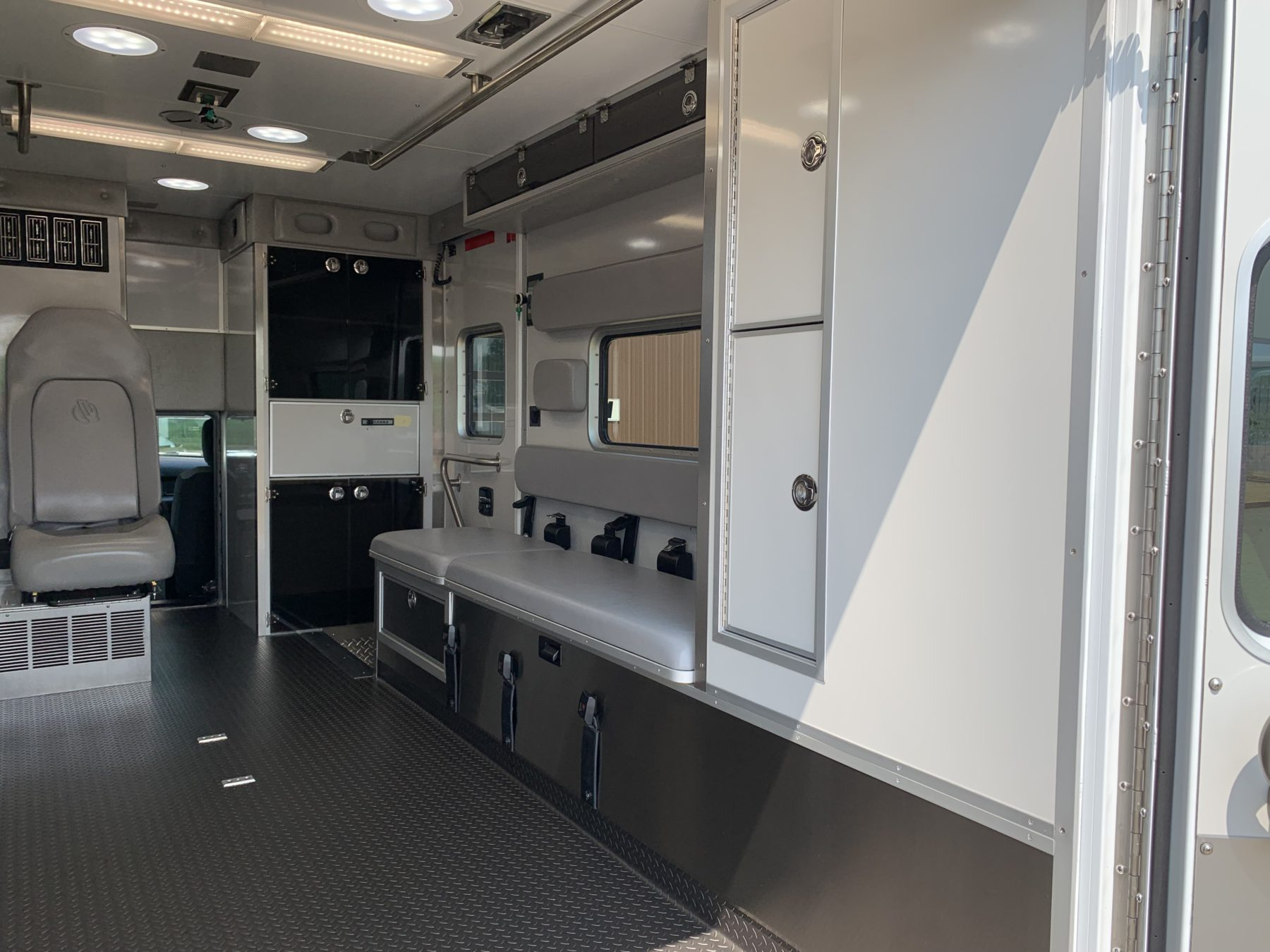 2021 Ram 4500 4x4 Heavy Duty Ambulance For Sale – Picture 13