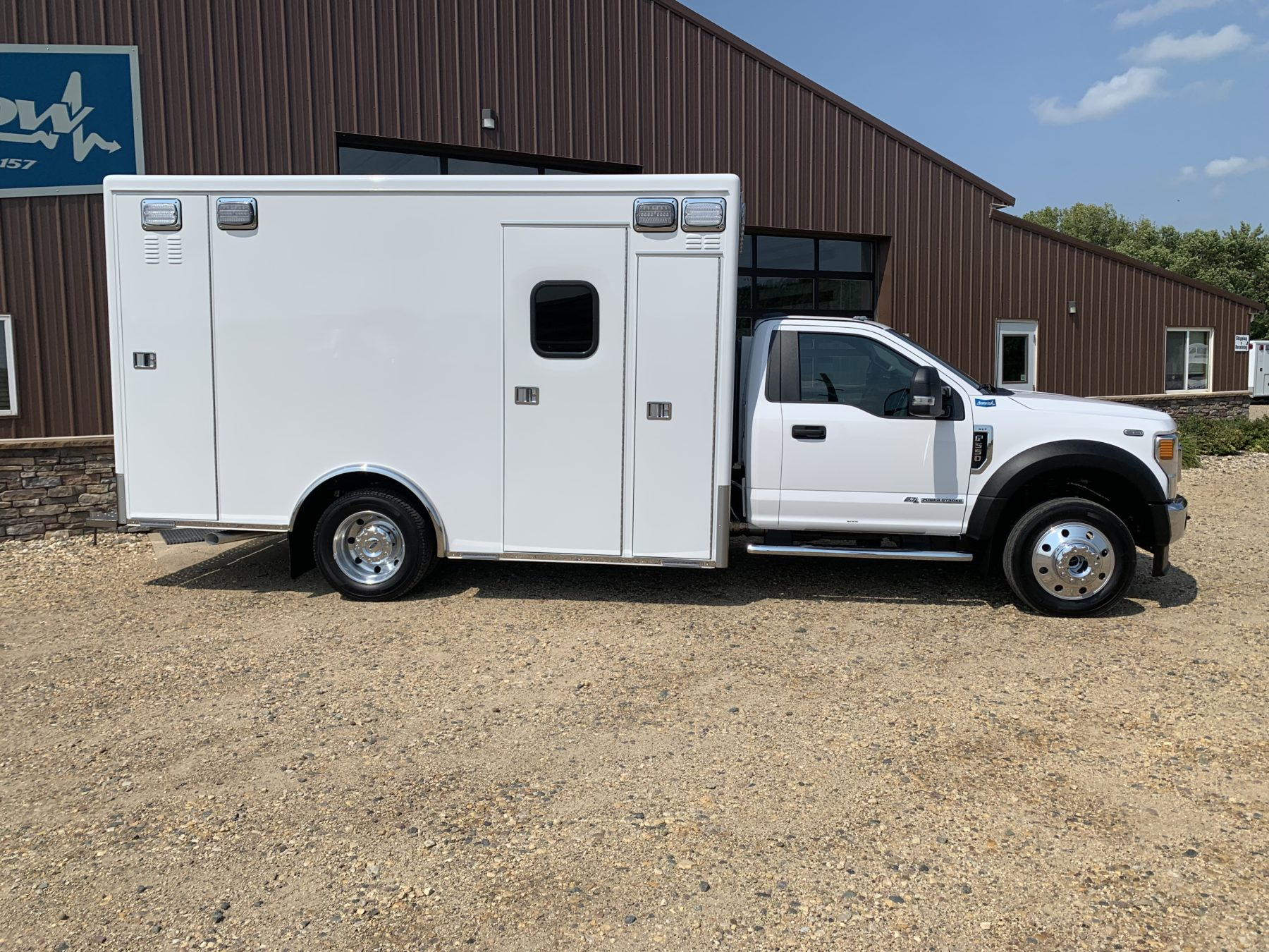 2021 Ford F550 4x4 Heavy Duty Ambulance For Sale – Picture 8