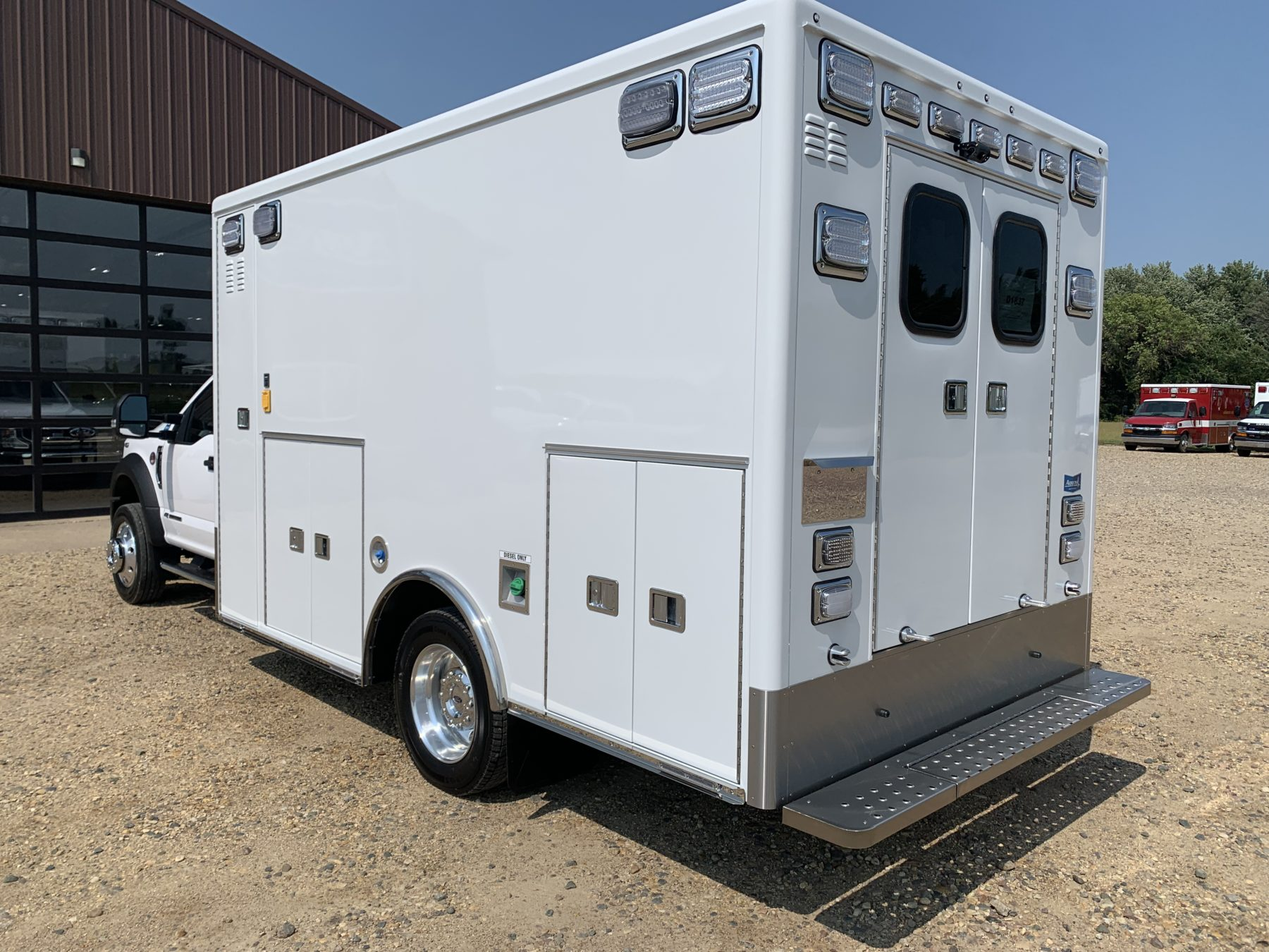 2021 Ford F550 4x4 Heavy Duty Ambulance For Sale – Picture 11