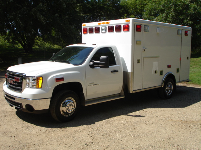 2008 GMC K3500 Type 1 4x4 Ambulance