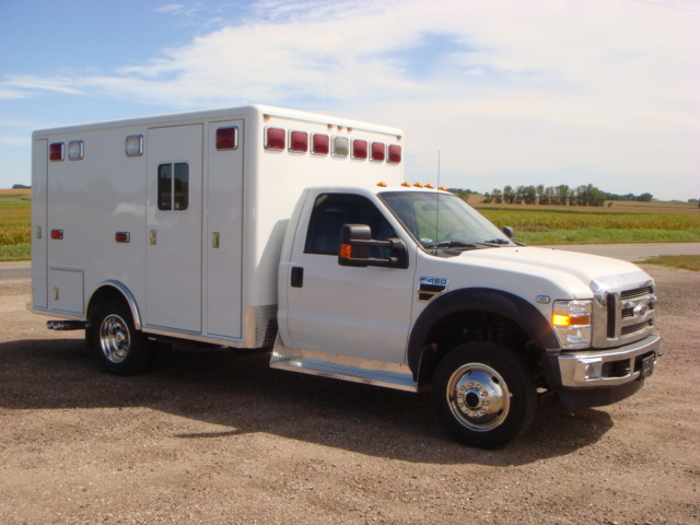 2010 Ford F450 Heavy Duty 4x4 Ambulance
