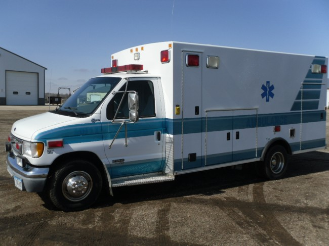1999 Ford E450 Braun Type 3 Ambulance For Sale