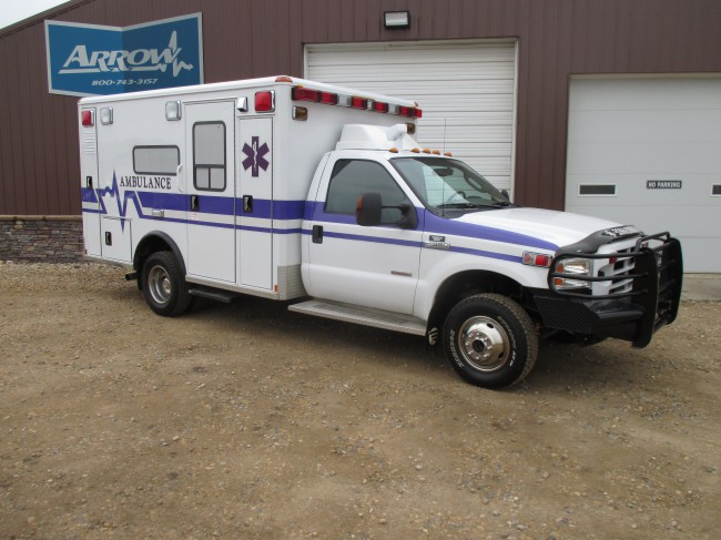 2006 Ford F350 Wheeled Coach Type 1 4x4 Ambulance For Sale